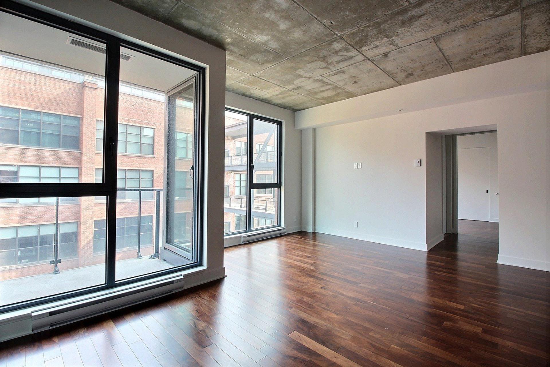 image 9 - Apartment For rent Montréal Le Sud-Ouest  - 5 rooms