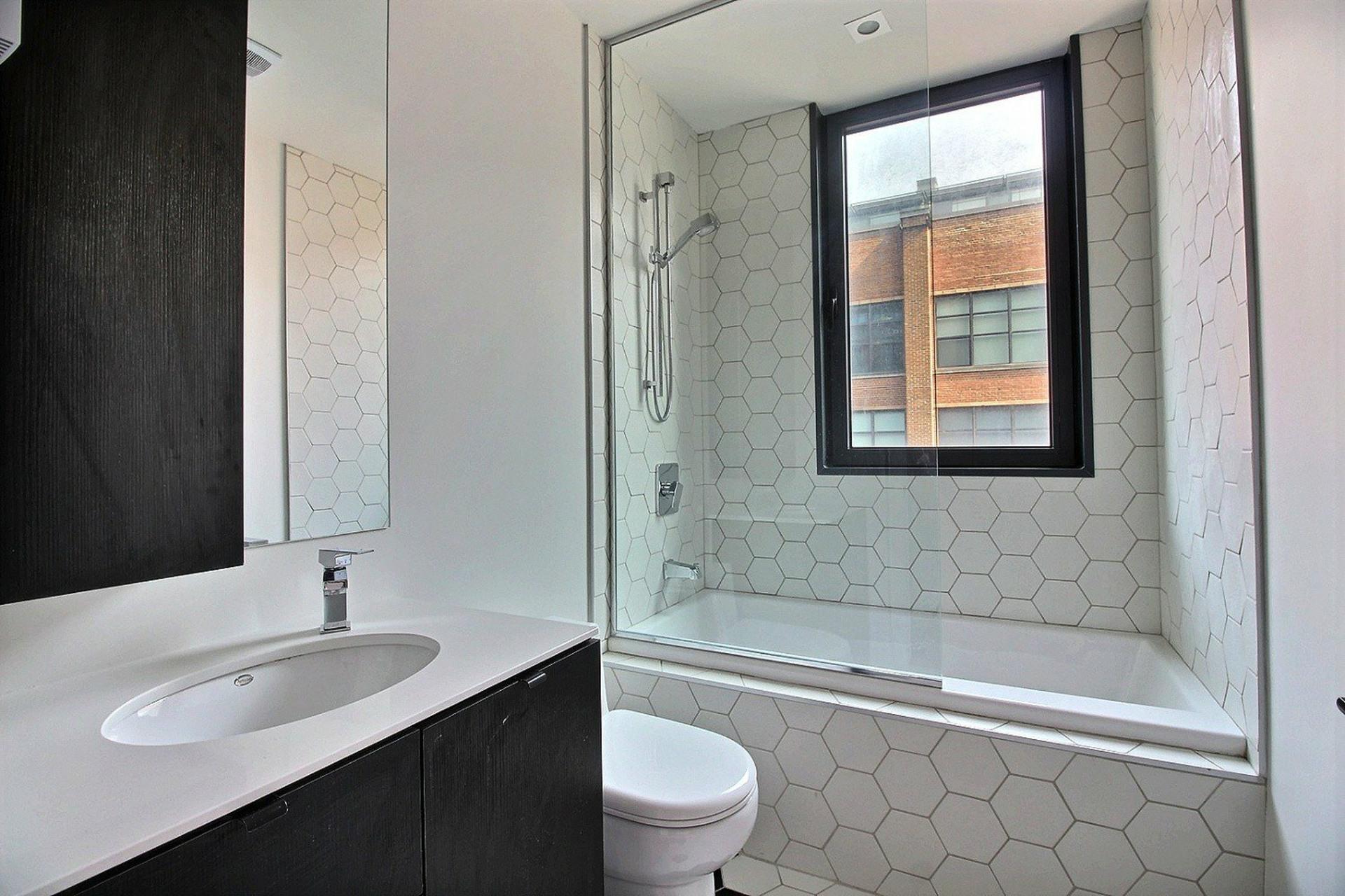 image 5 - Apartment For rent Montréal Le Sud-Ouest  - 5 rooms