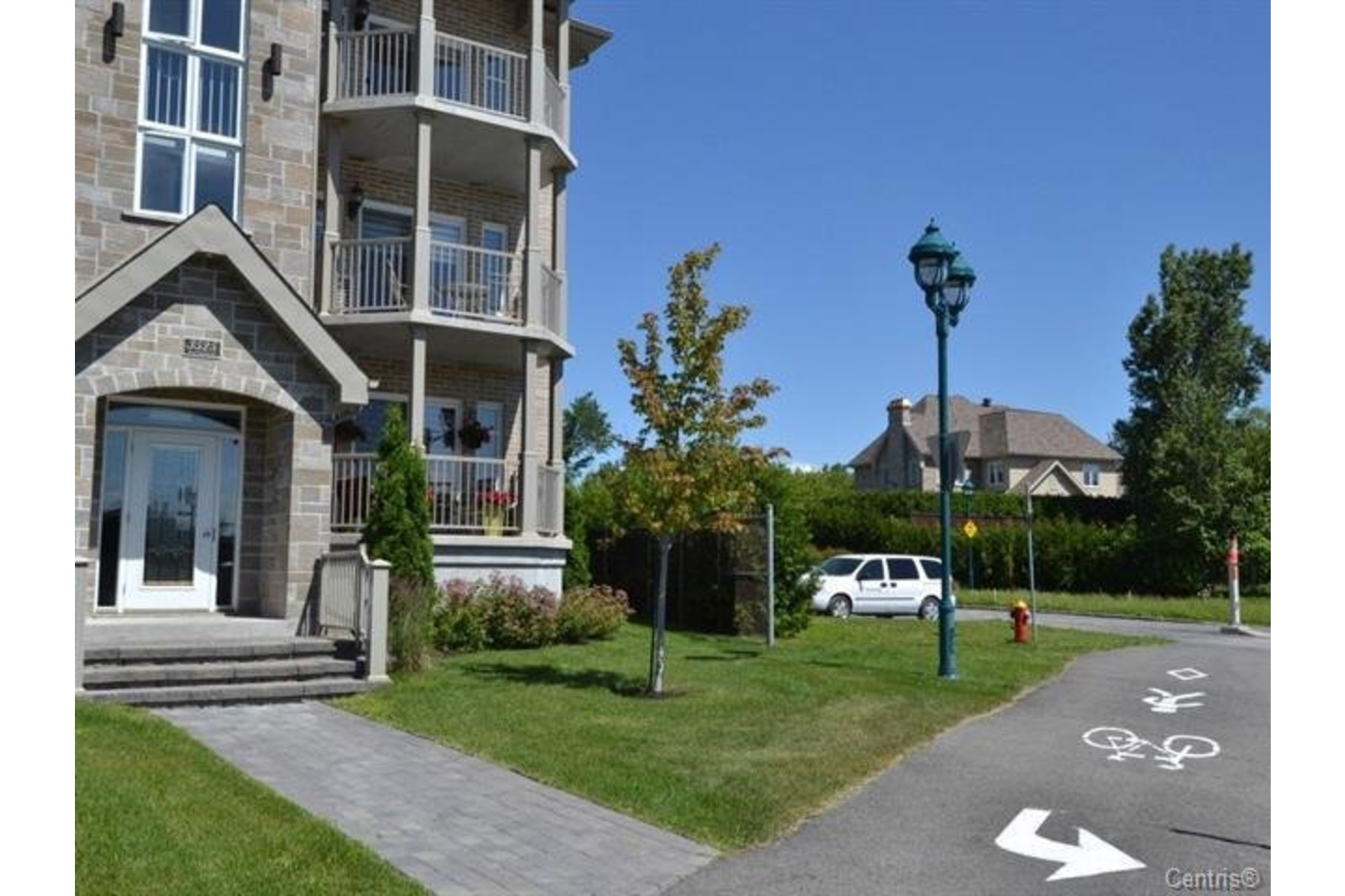 image 3 - Apartment For sale Laval Duvernay  - 7 rooms