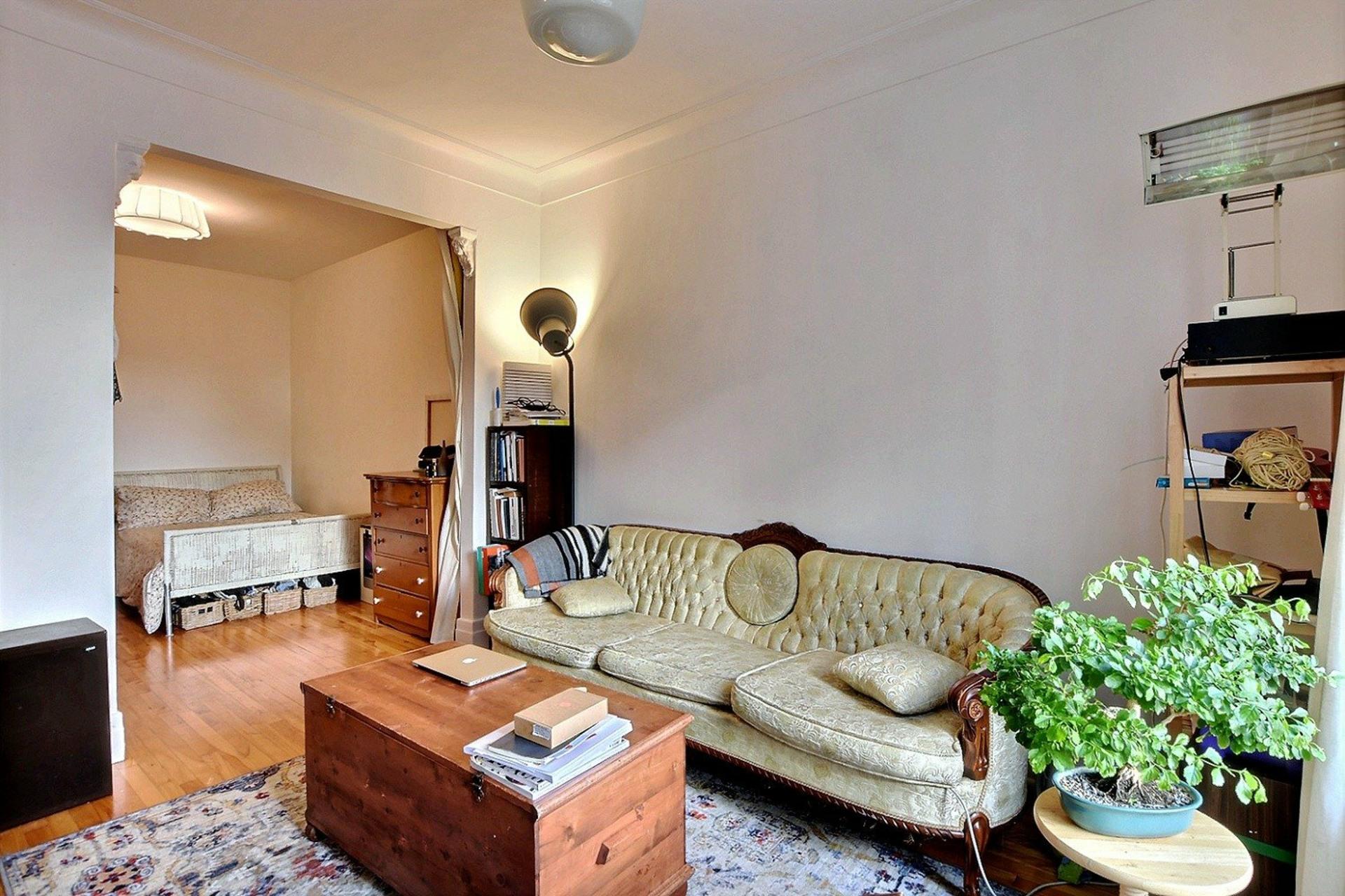 image 15 - Quintuplex For sale Montréal Villeray/Saint-Michel/Parc-Extension  - 8 rooms