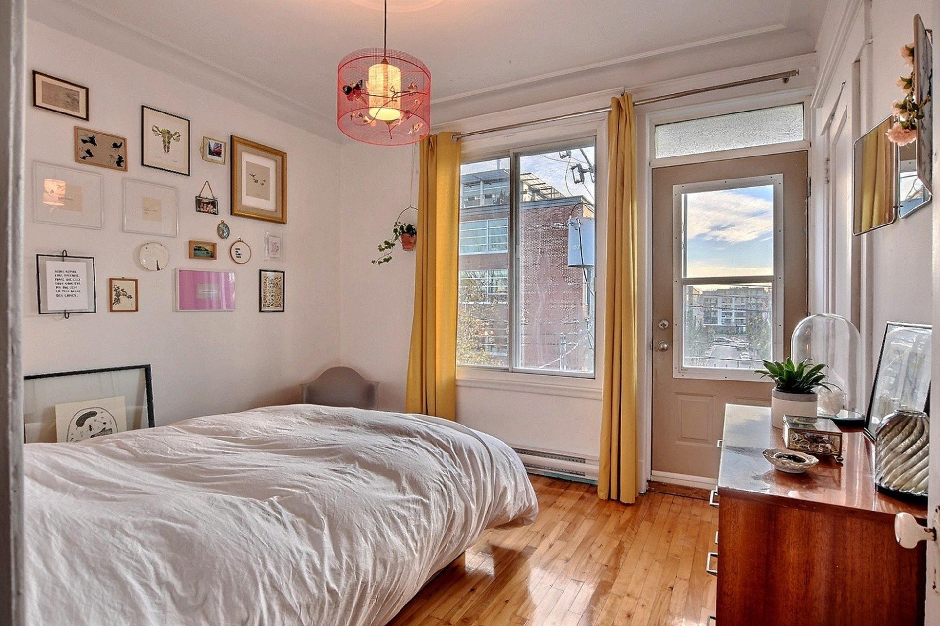 image 20 - Quintuplex For sale Montréal Villeray/Saint-Michel/Parc-Extension  - 8 rooms