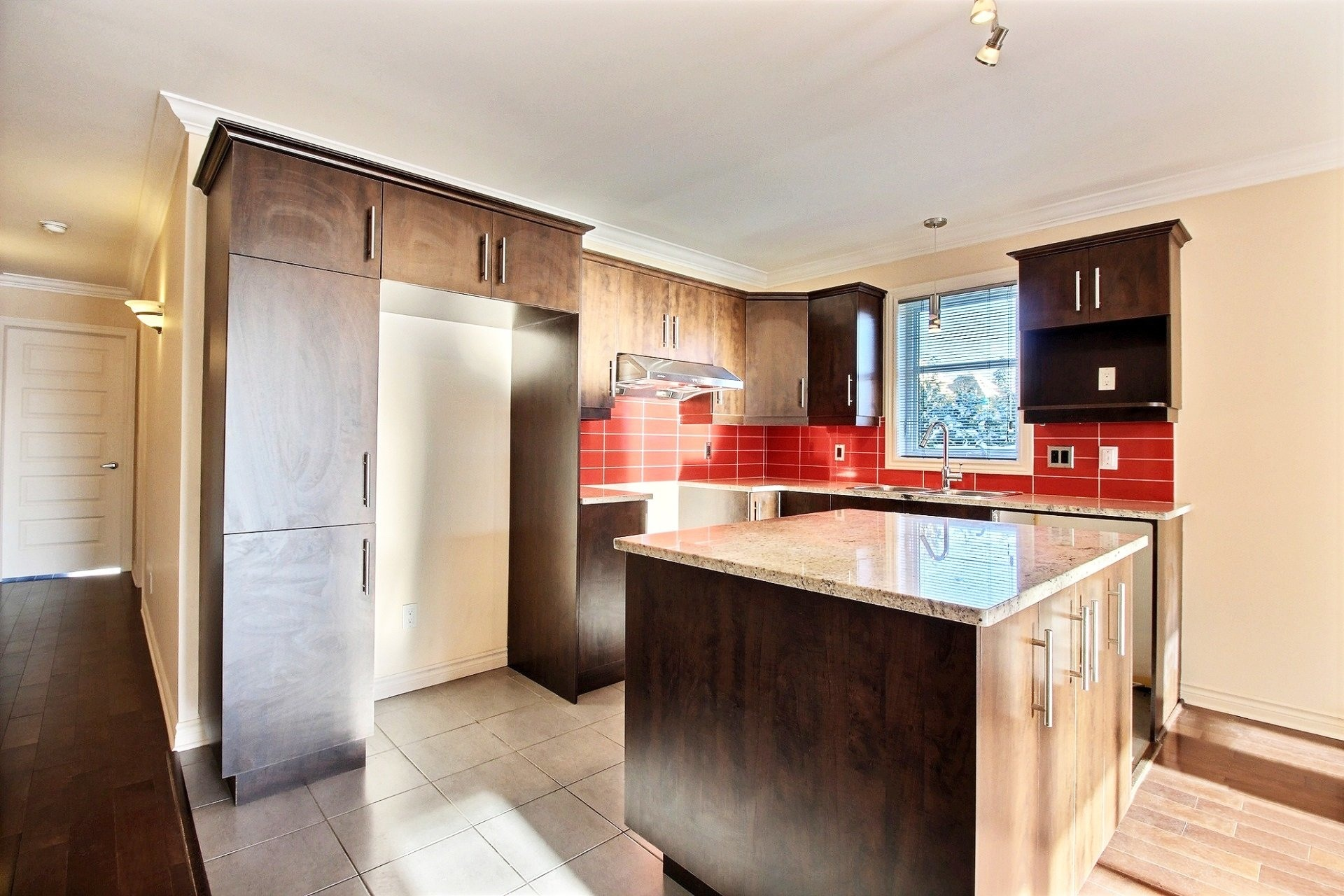 image 8 - Apartment For sale Laval Duvernay  - 7 rooms