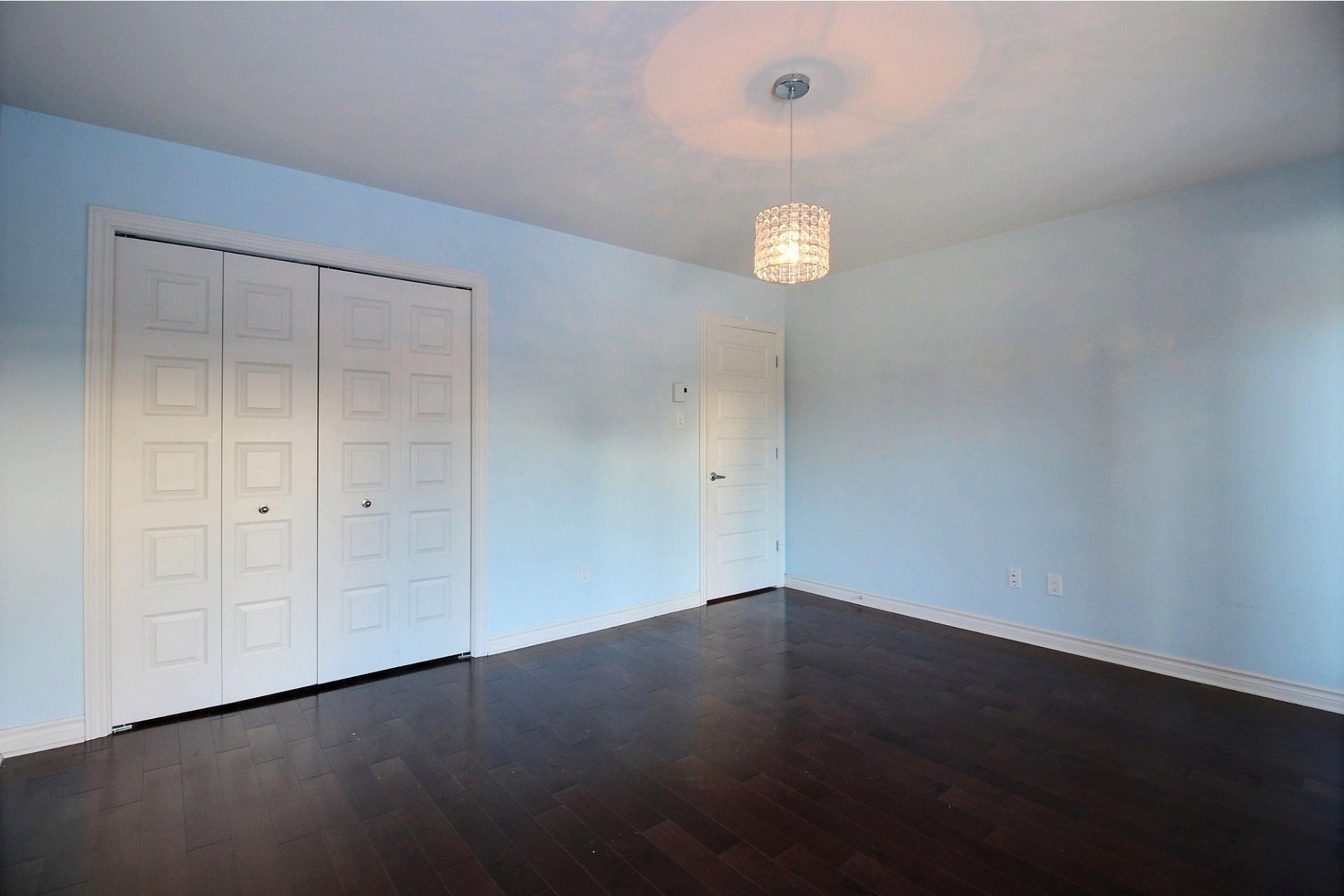 image 13 - Appartement À vendre Laval Duvernay  - 7 pièces
