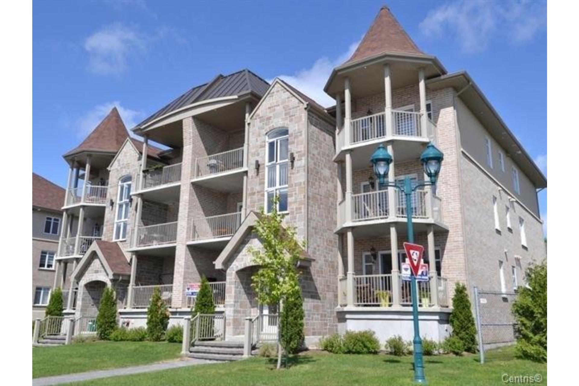 image 1 - Appartement À vendre Laval Duvernay  - 7 pièces