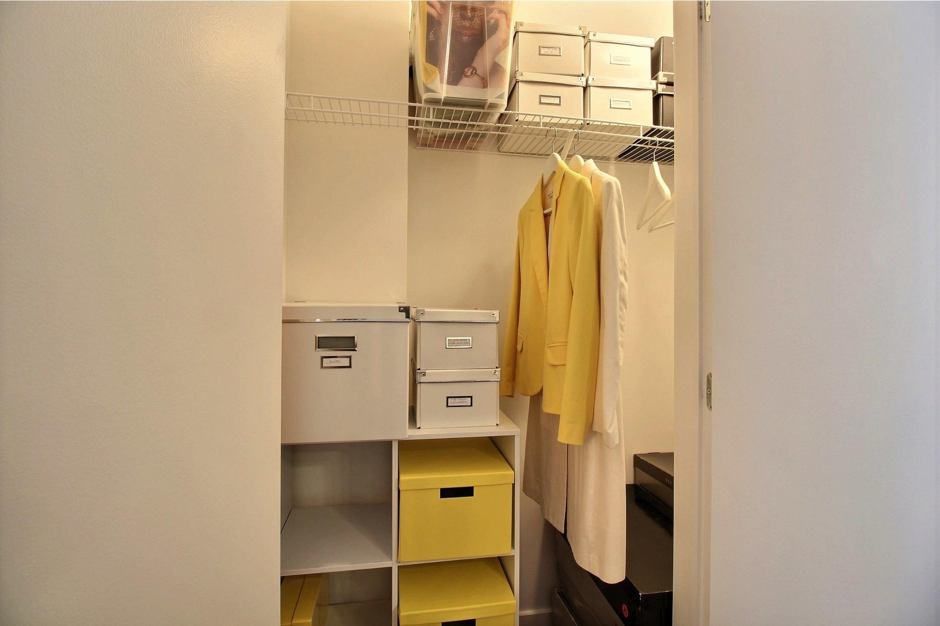 image 14 - Appartement À louer Montréal Le Sud-Ouest  - 7 pièces