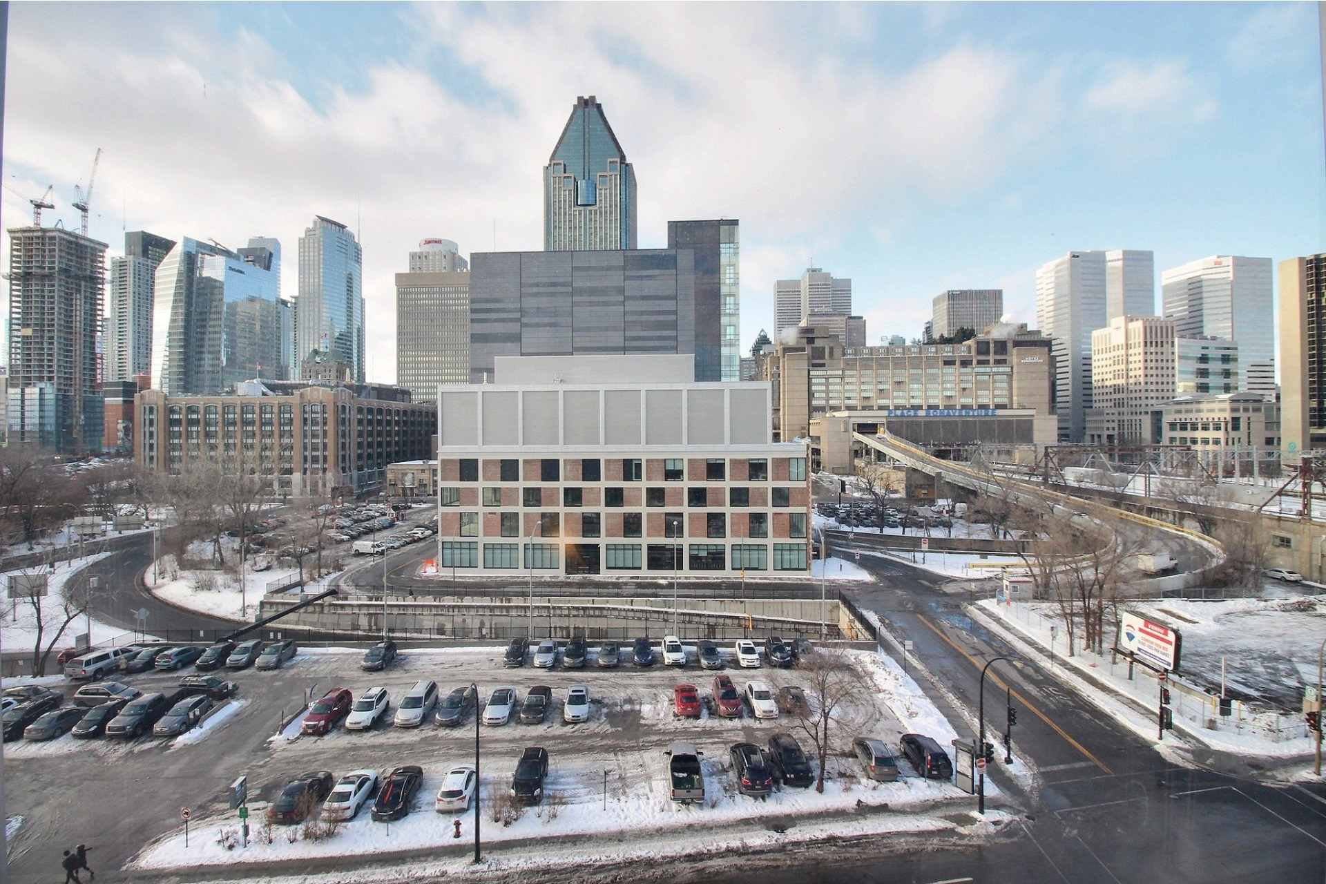 image 8 - Appartement À louer Montréal Le Sud-Ouest  - 7 pièces