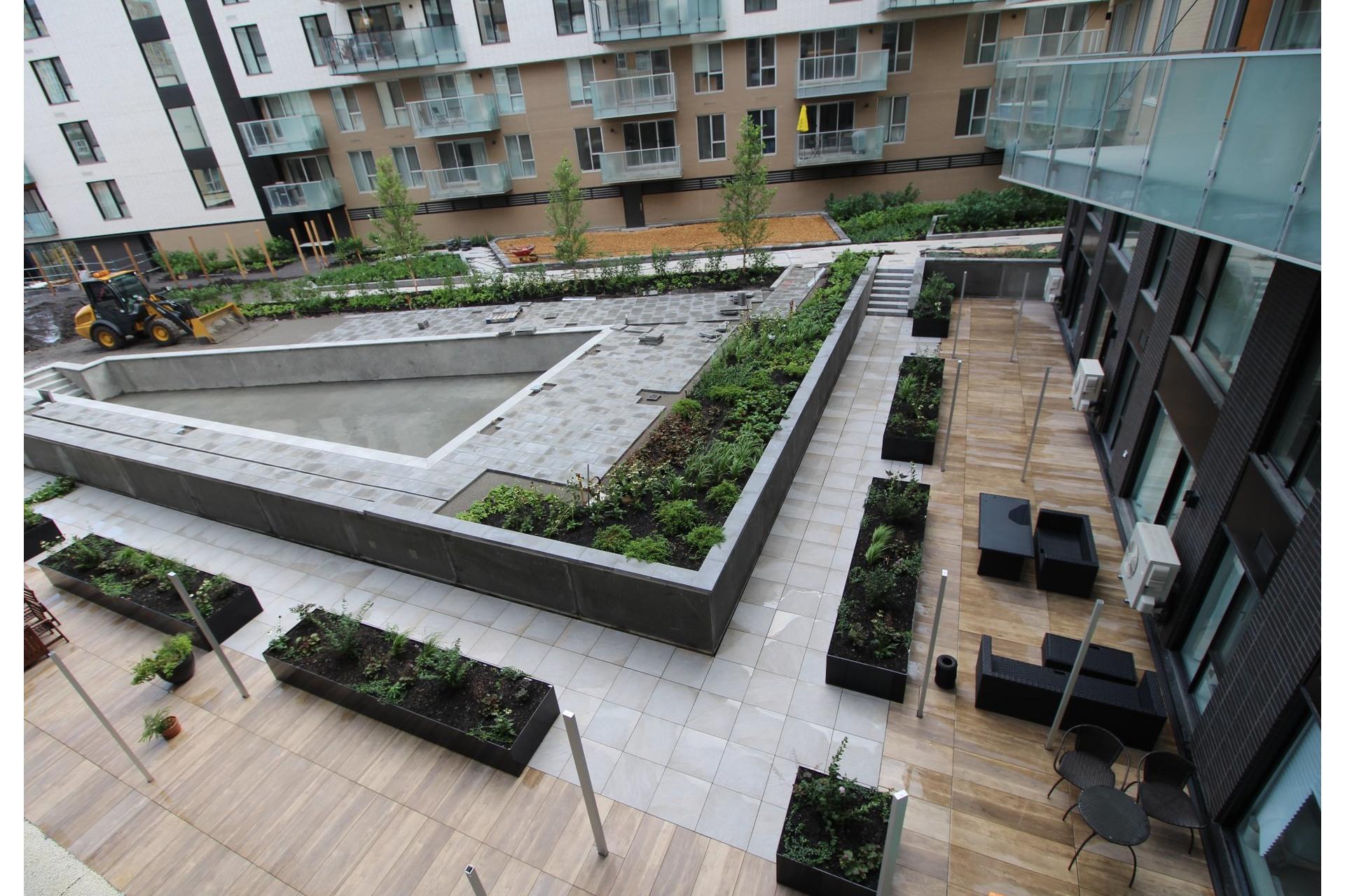 image 11 - Apartment For rent Montréal Le Sud-Ouest  - 4 rooms