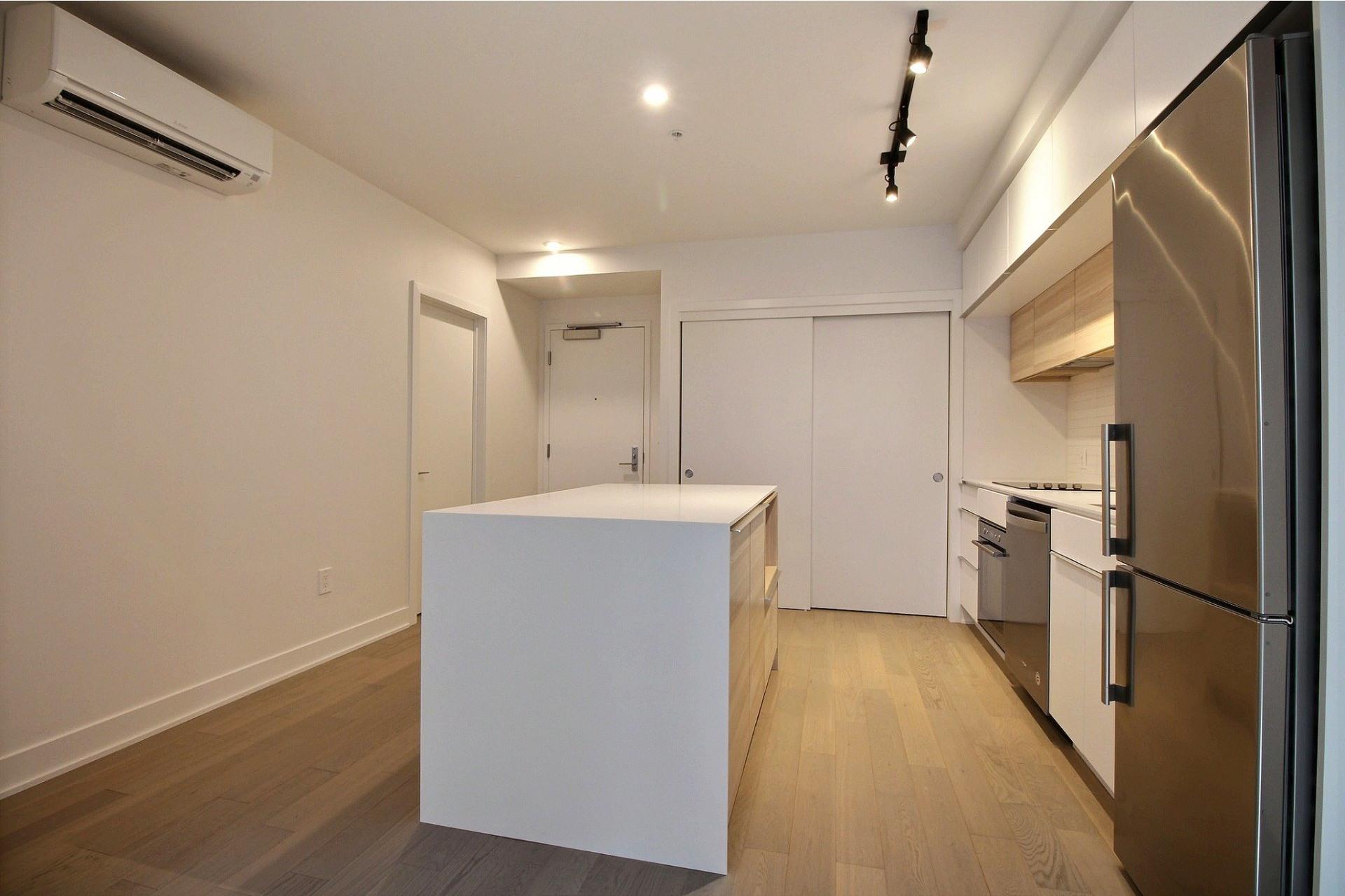 image 1 - Apartment For rent Montréal Le Sud-Ouest  - 4 rooms