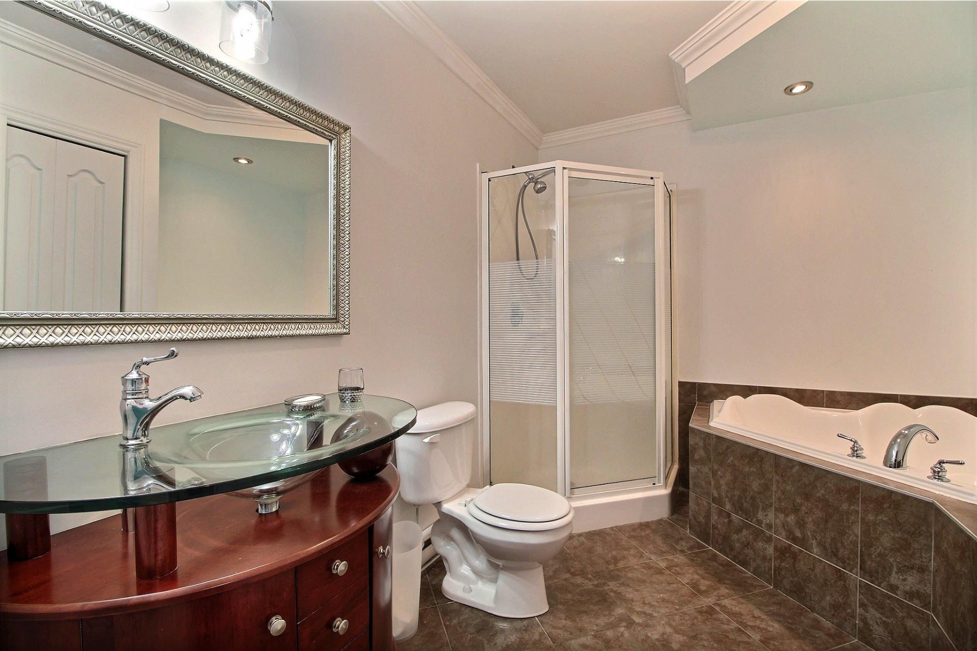 image 16 - Apartment For sale Longueuil Saint-Hubert  - 6 rooms