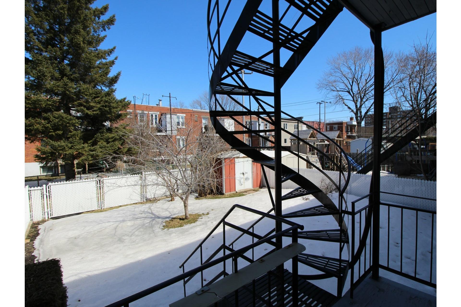 image 23 - Duplex À vendre Montréal Rivière-des-Prairies/Pointe-aux-Trembles  - 6 pièces
