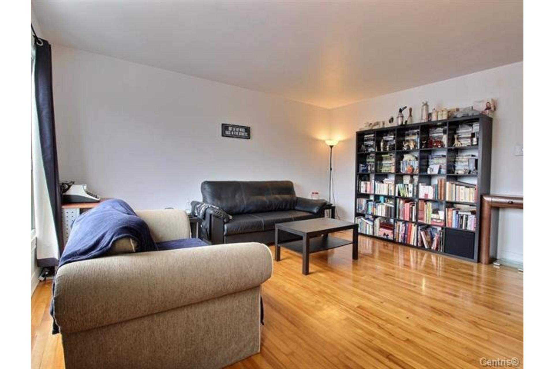 image 3 - Apartment For rent Montréal Mercier/Hochelaga-Maisonneuve  - 7 rooms