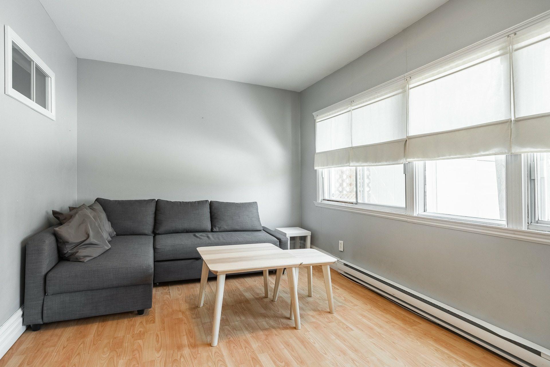 image 5 - Maison À vendre Montréal Le Sud-Ouest  - 9 pièces