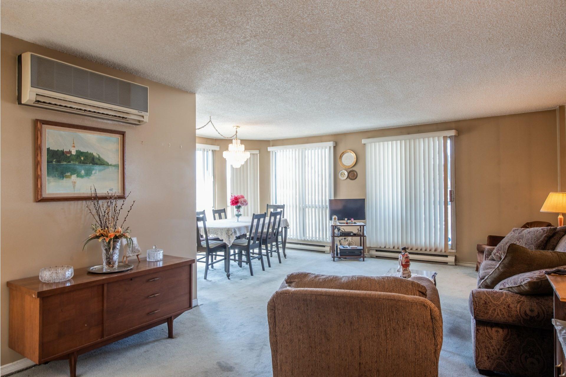 image 3 - Apartment For sale Montréal Saint-Laurent  - 5 rooms