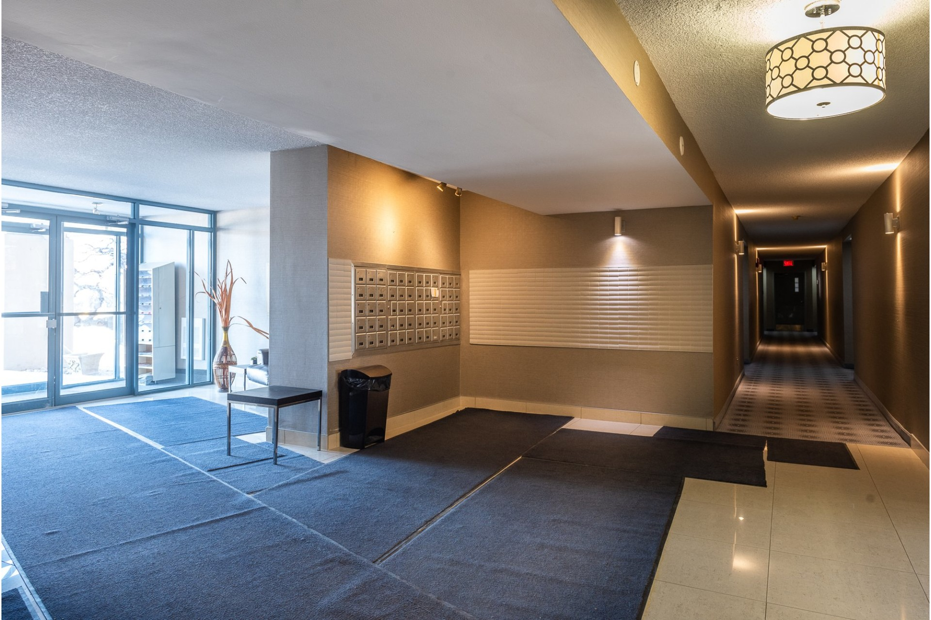image 2 - Apartment For sale Montréal Saint-Laurent  - 5 rooms