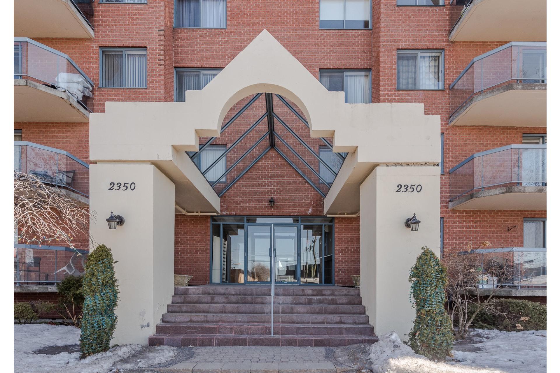 image 0 - Apartment For sale Montréal Saint-Laurent  - 5 rooms