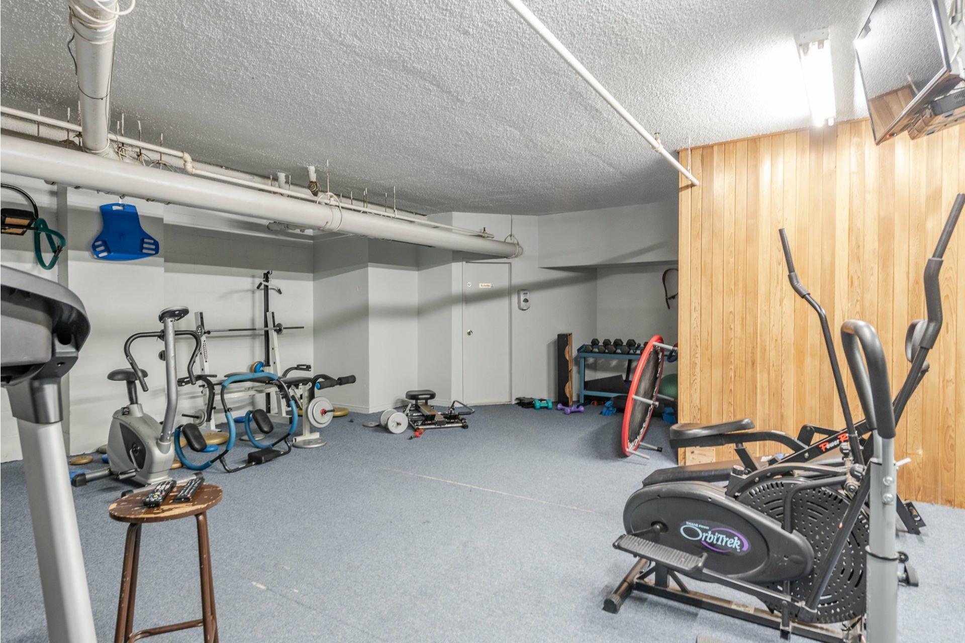 image 26 - Apartment For sale Montréal Saint-Laurent  - 5 rooms