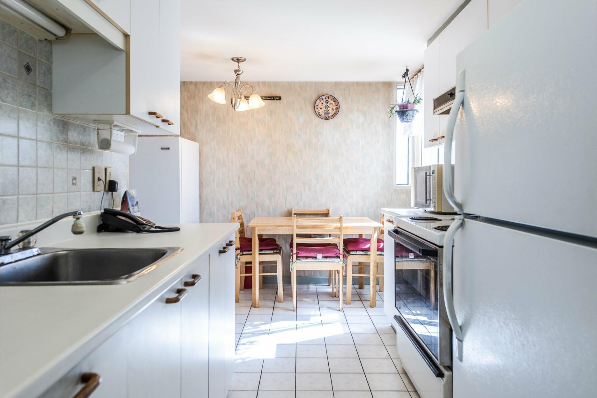 image 10 - Apartment For sale Montréal Saint-Laurent  - 5 rooms