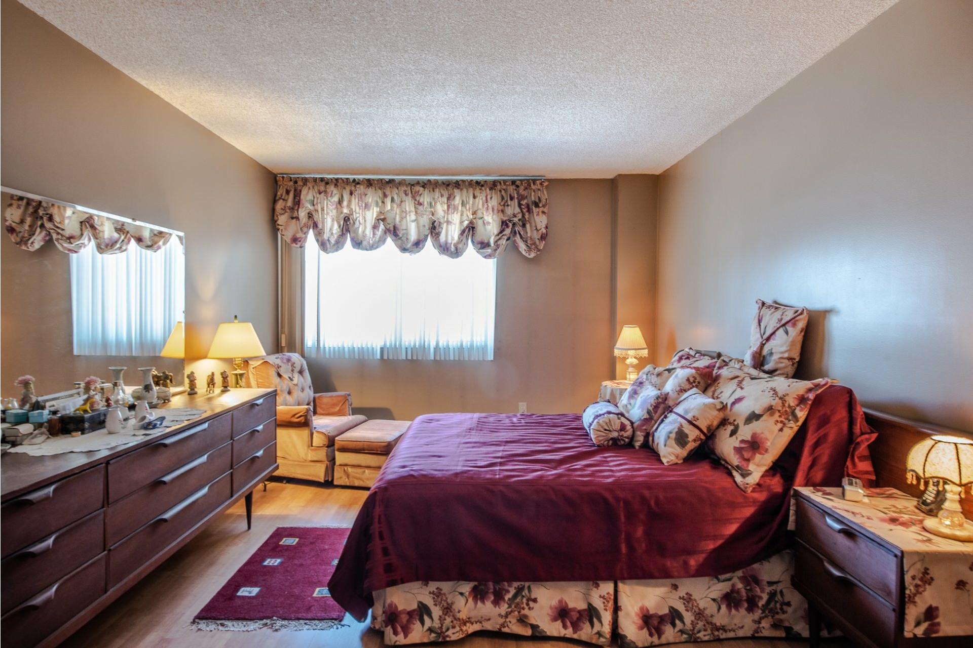 image 20 - Apartment For sale Montréal Saint-Laurent  - 5 rooms