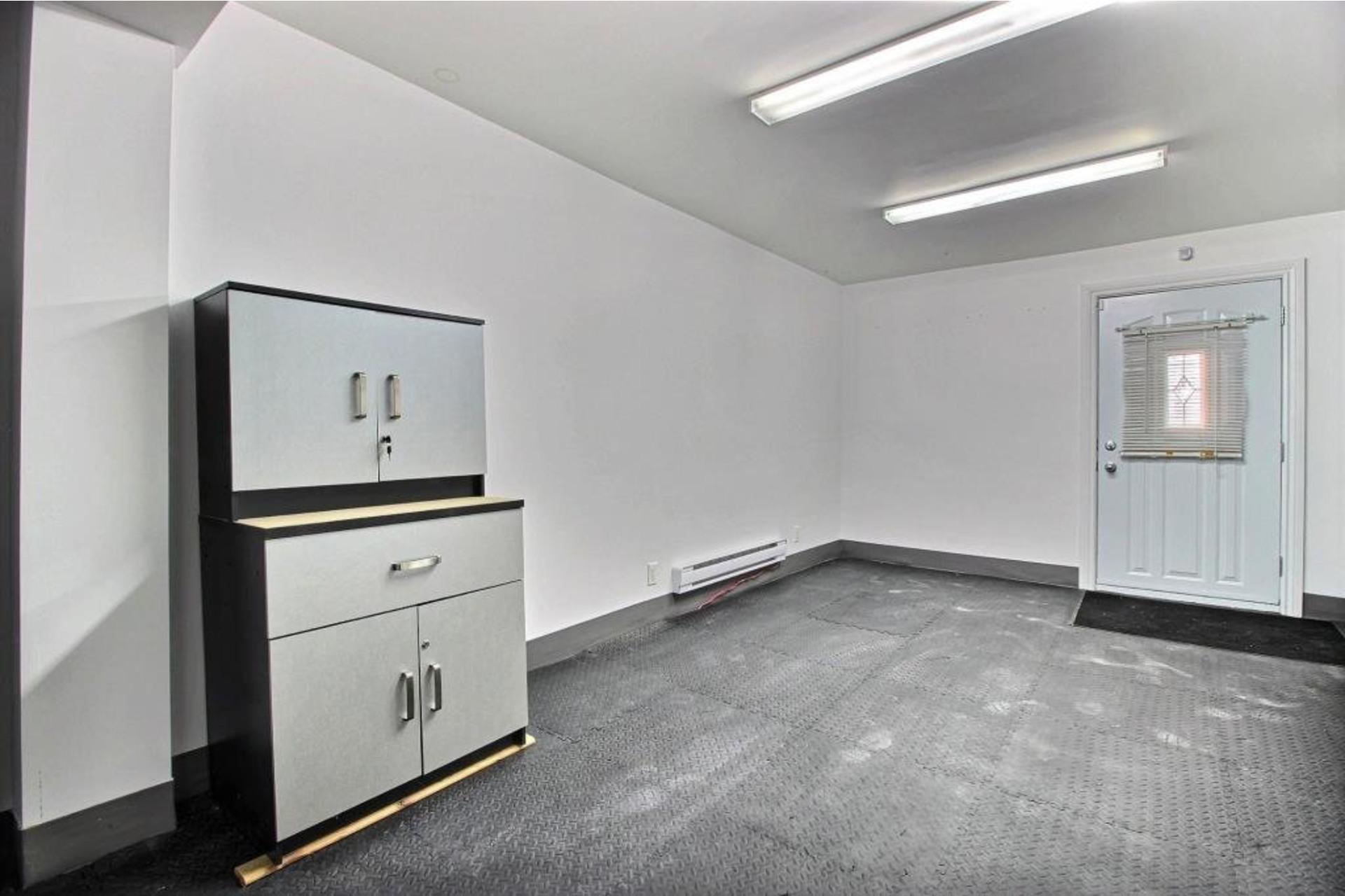 image 18 - Quadruplex À vendre Montréal Mercier/Hochelaga-Maisonneuve  - 9 pièces