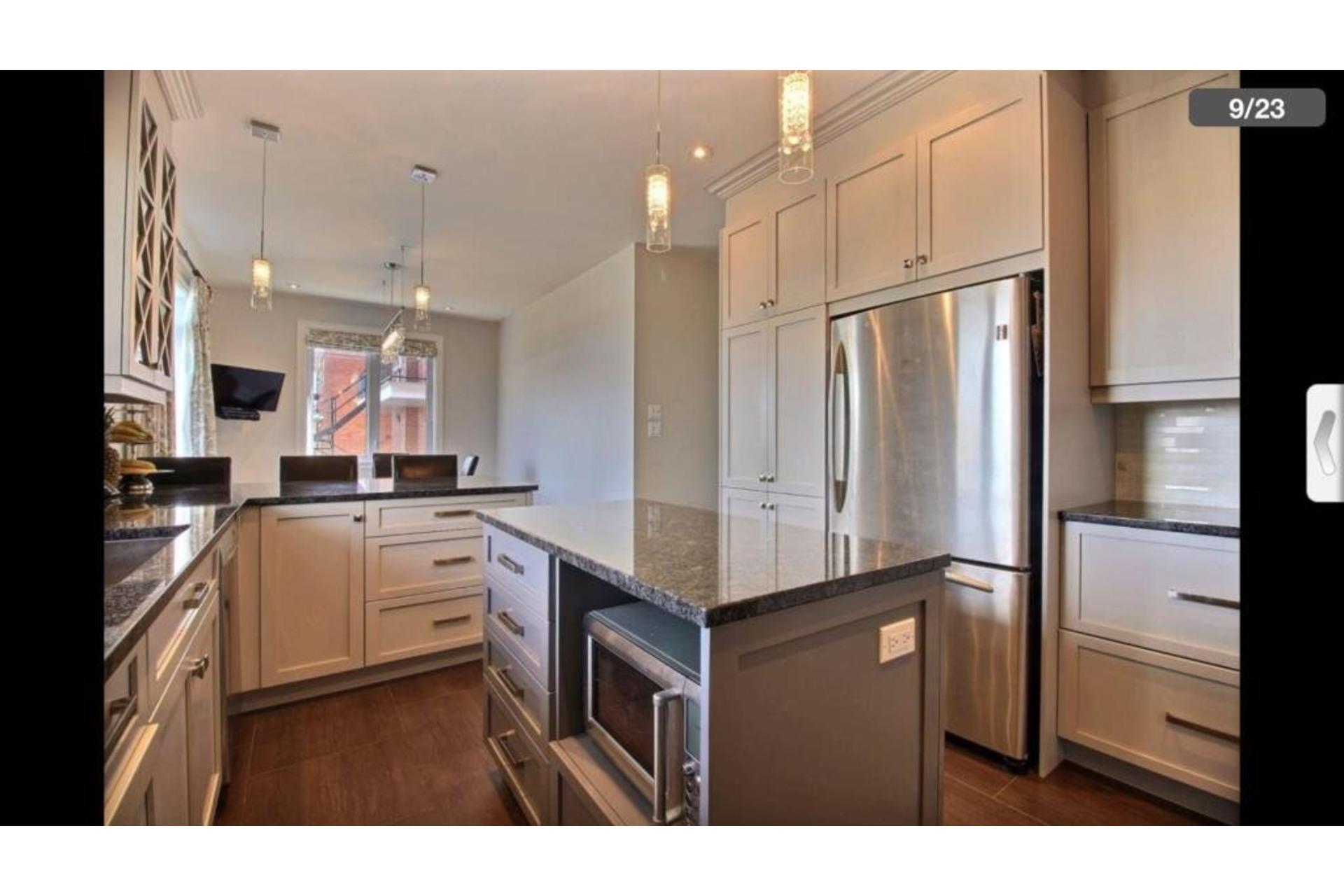 image 4 - Apartment For rent Montréal Saint-Laurent  - 10 rooms
