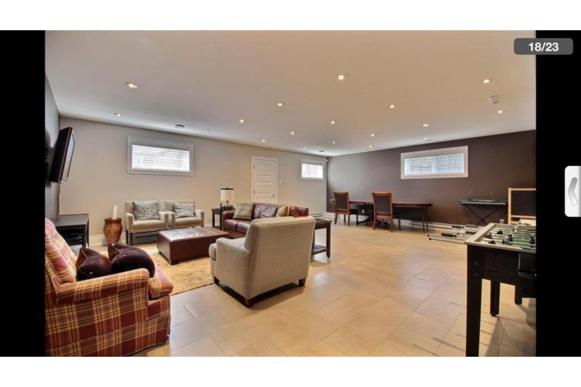 image 13 - Apartment For rent Montréal Saint-Laurent  - 10 rooms