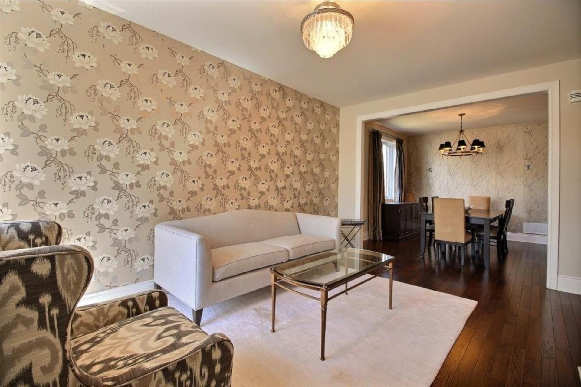 image 2 - Apartment For rent Montréal Saint-Laurent  - 10 rooms