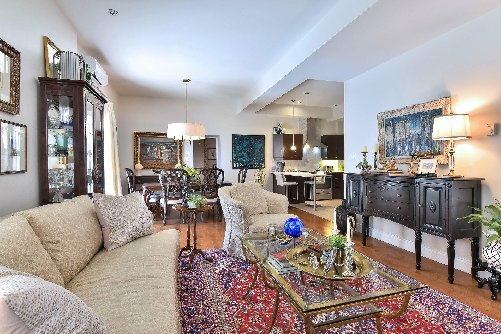 image 5 - Appartement À vendre Montréal Côte-des-Neiges/Notre-Dame-de-Grâce  - 5 pièces