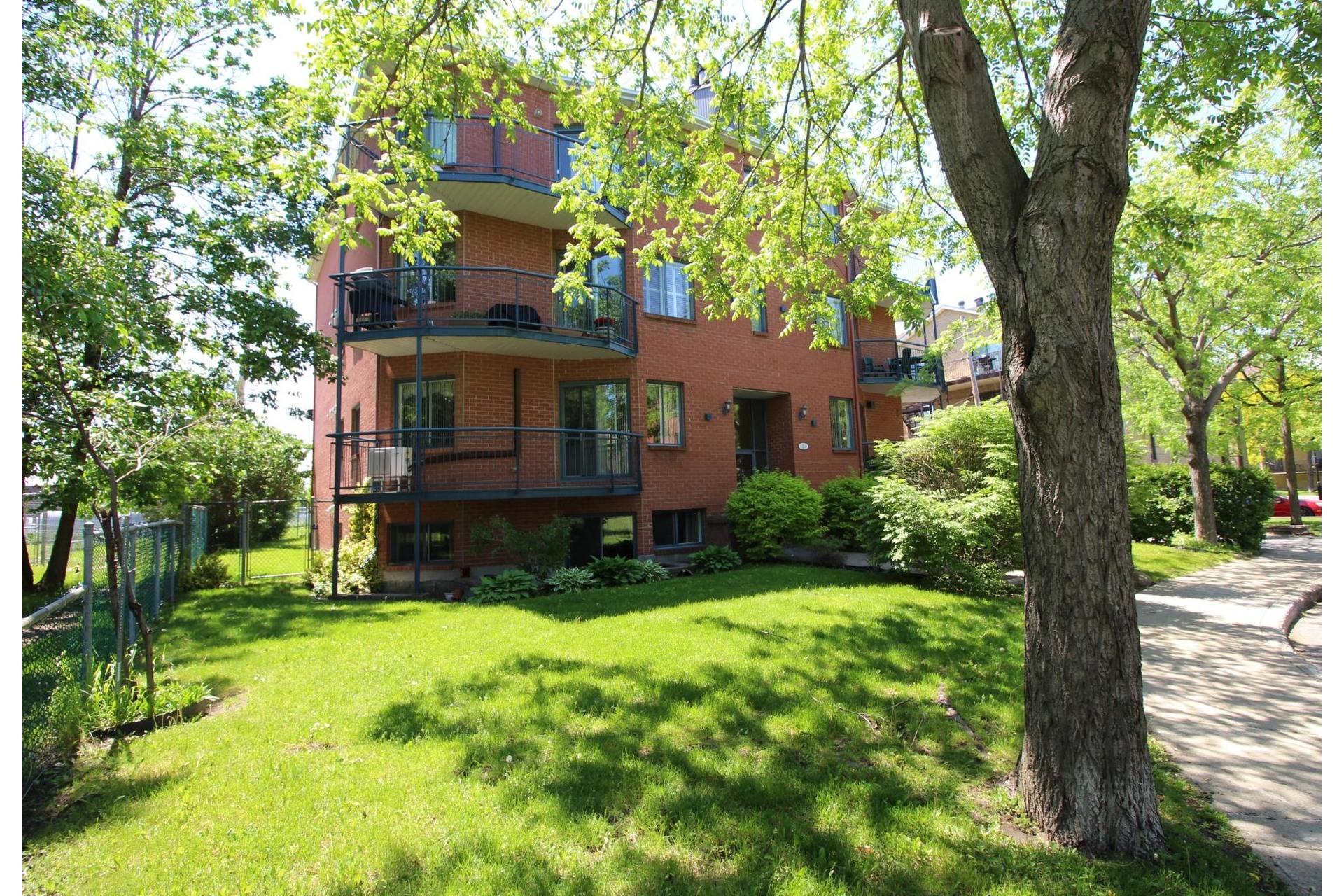 image 17 - Appartement À vendre Montréal Rivière-des-Prairies/Pointe-aux-Trembles  - 5 pièces