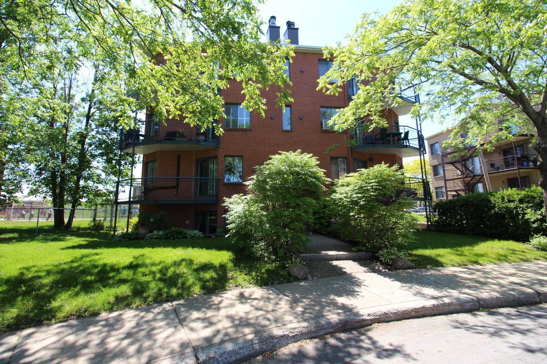 image 20 - Appartement À vendre Montréal Rivière-des-Prairies/Pointe-aux-Trembles  - 5 pièces