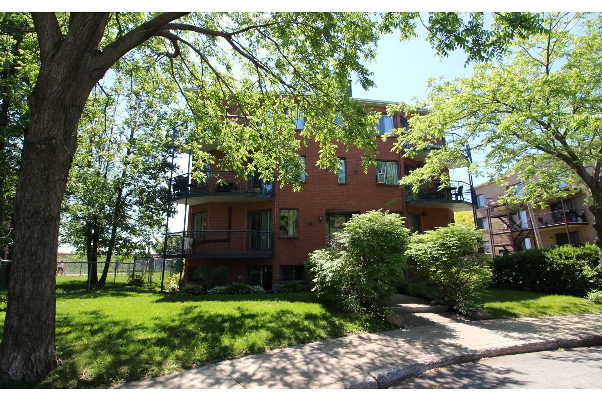 image 1 - Appartement À vendre Montréal Rivière-des-Prairies/Pointe-aux-Trembles  - 5 pièces