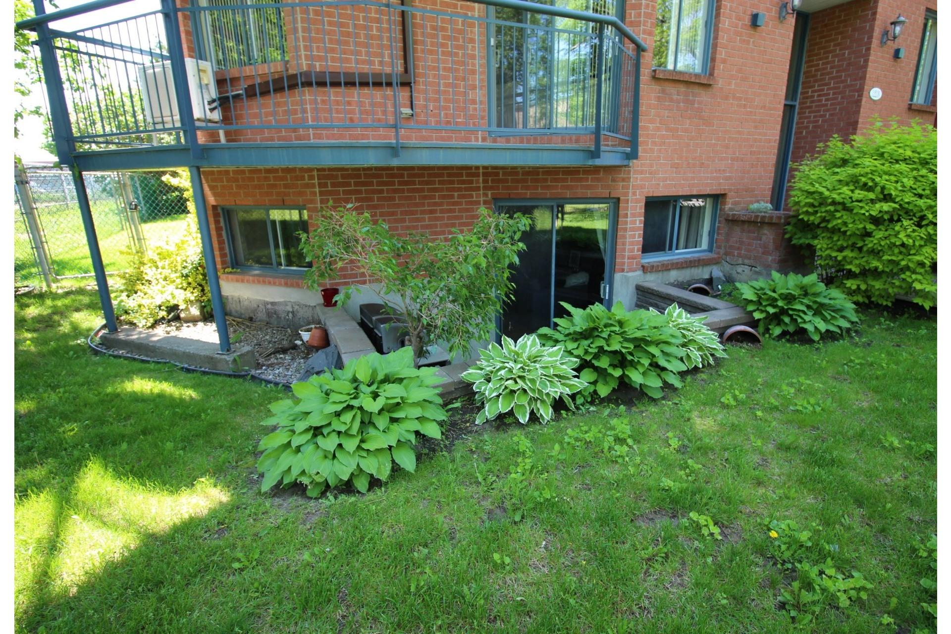 image 18 - Appartement À vendre Montréal Rivière-des-Prairies/Pointe-aux-Trembles  - 5 pièces