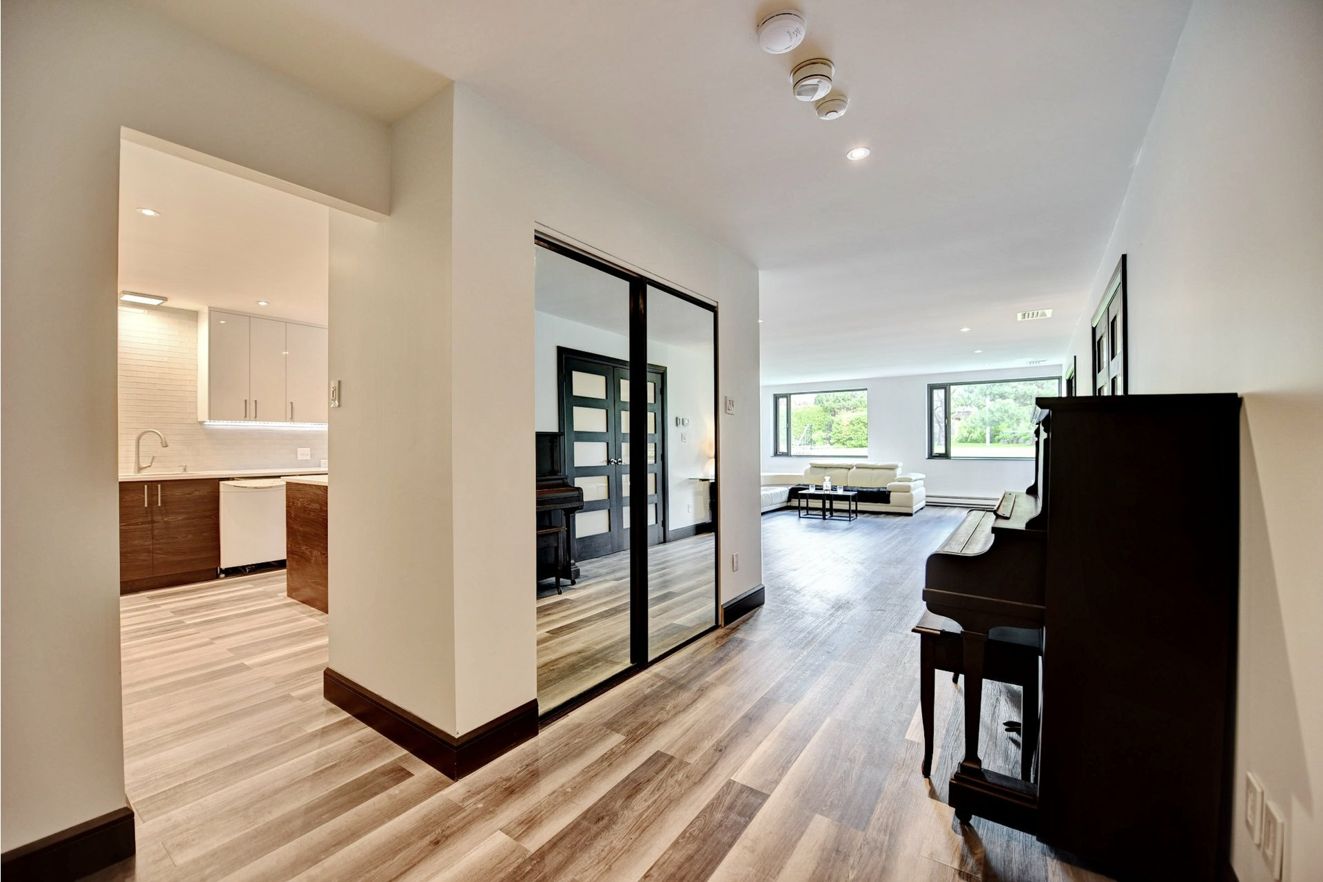 image 4 - Appartement À vendre Montréal Verdun/Île-des-Soeurs  - 8 pièces