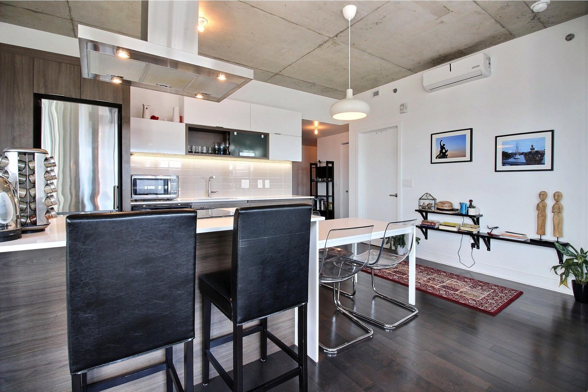 image 5 - Appartement À louer Montréal Le Sud-Ouest  - 6 pièces