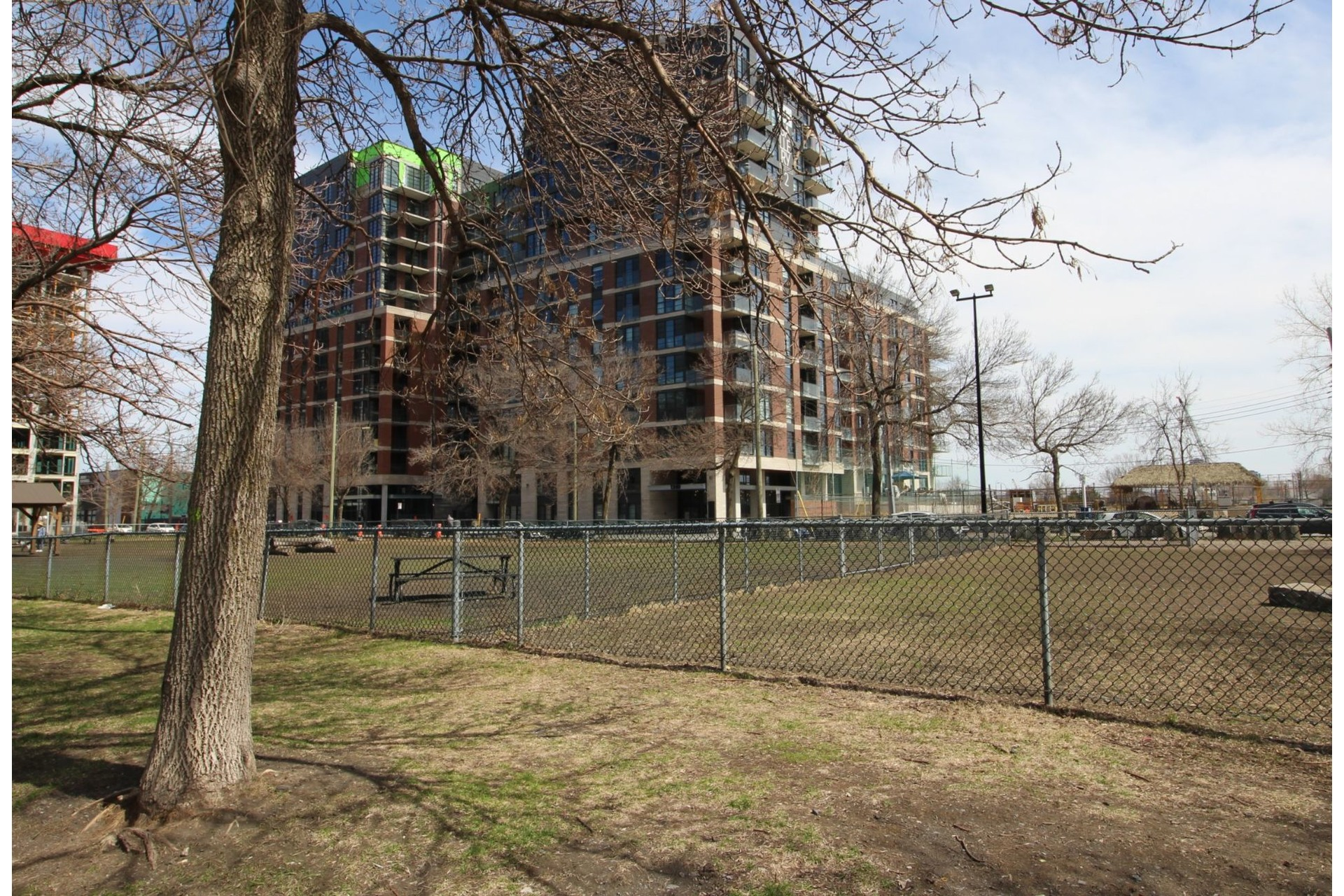 image 16 - Apartment For rent Montréal Le Sud-Ouest  - 4 rooms