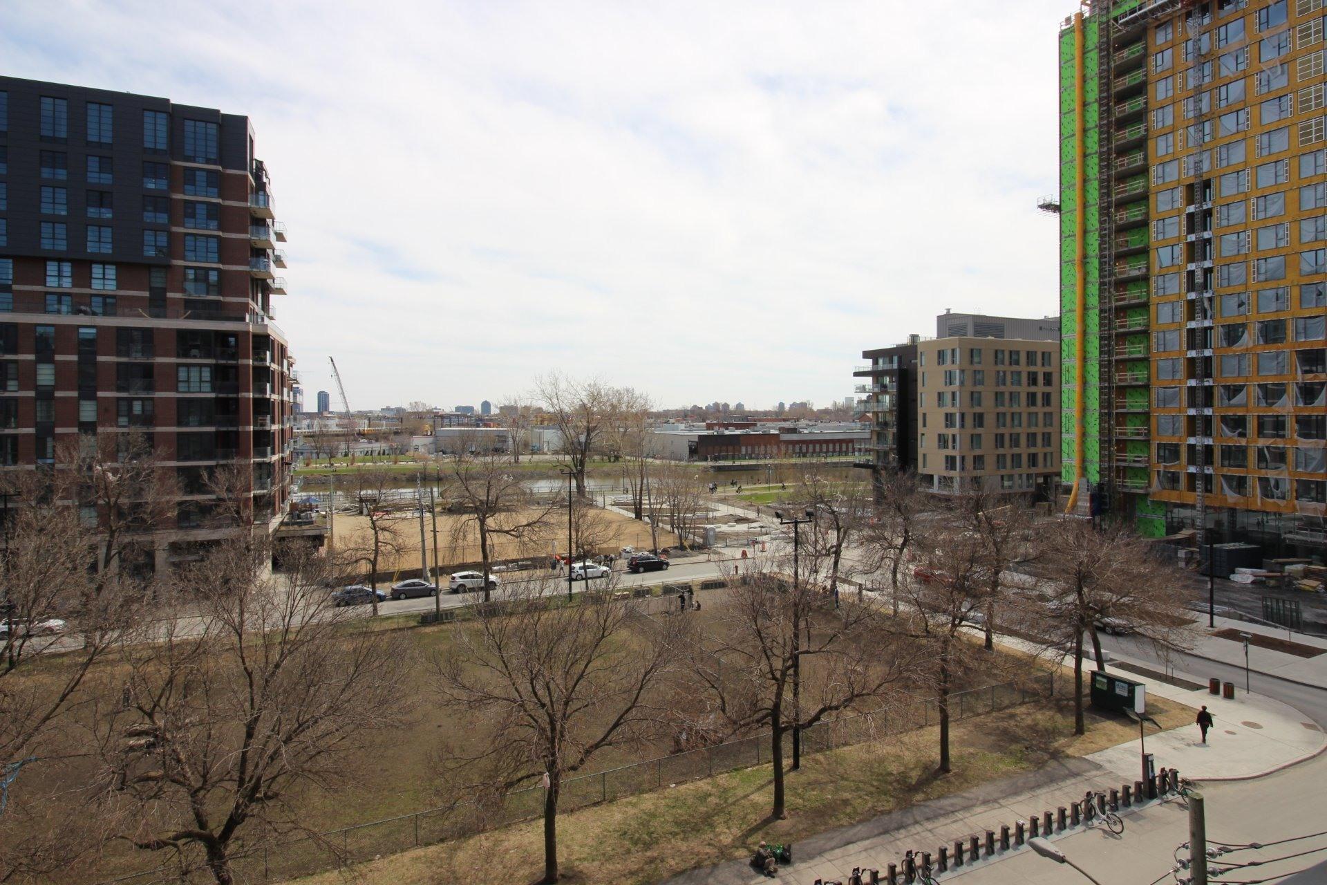 image 14 - Apartment For rent Montréal Le Sud-Ouest  - 4 rooms