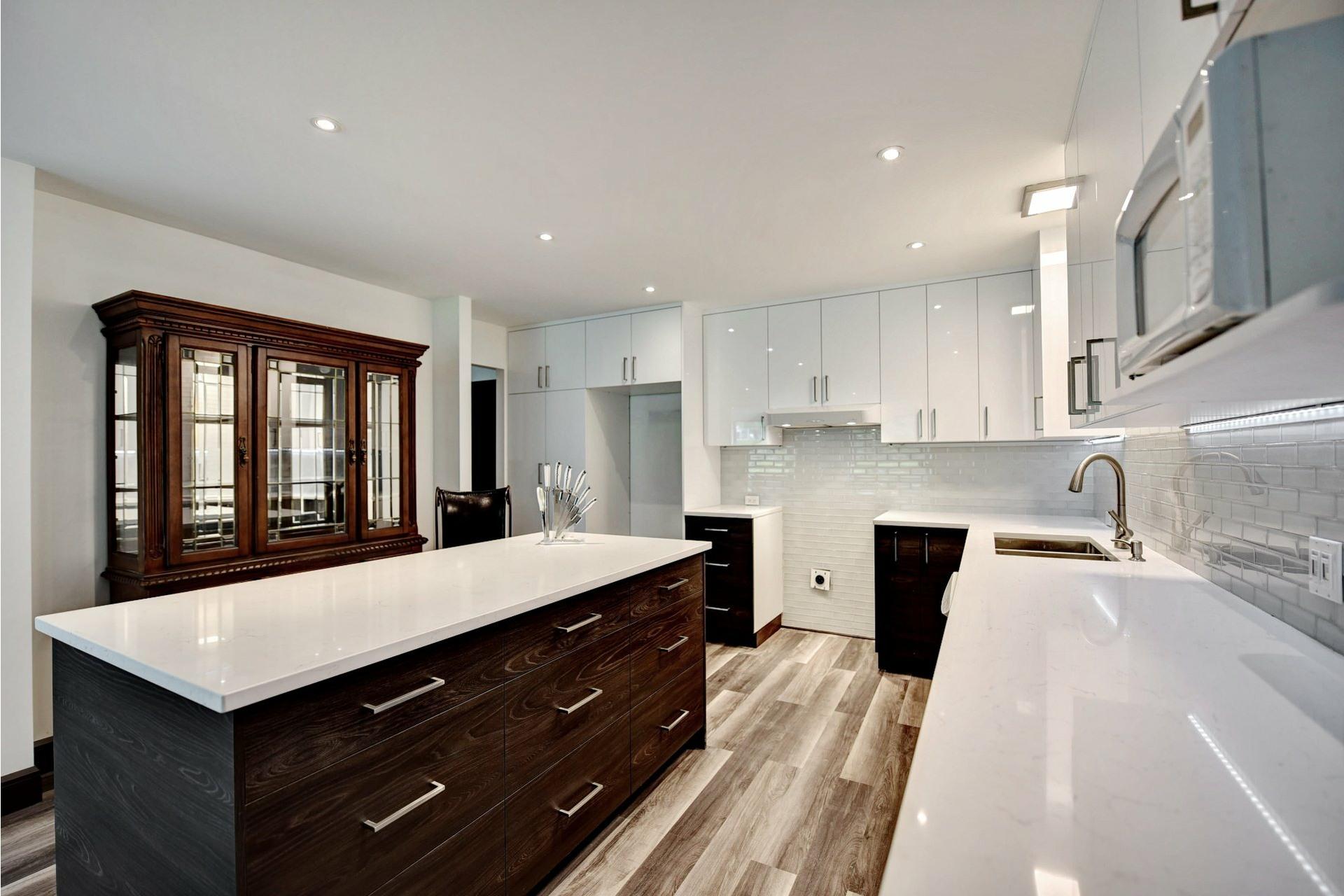 image 12 - Appartement À vendre Montréal Verdun/Île-des-Soeurs  - 8 pièces