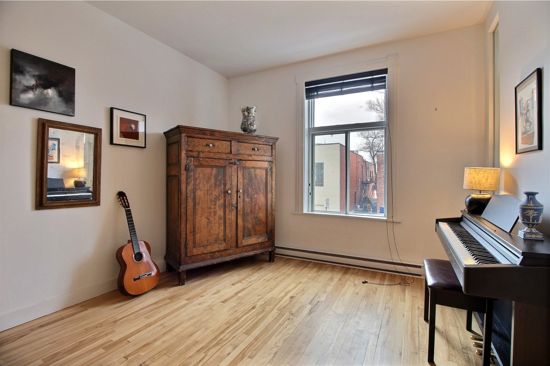 image 4 - Apartment For rent Montréal Ahuntsic-Cartierville  - 2 rooms