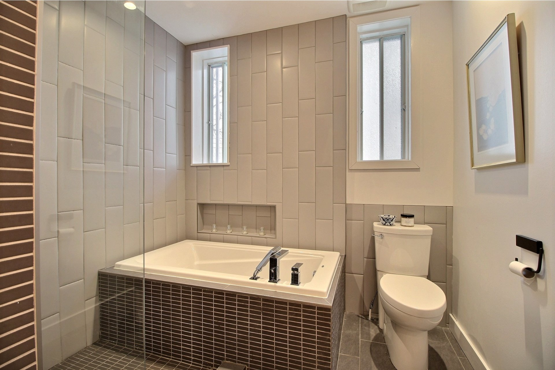 image 10 - Appartement À louer Montréal Ahuntsic-Cartierville  - 2 pièces