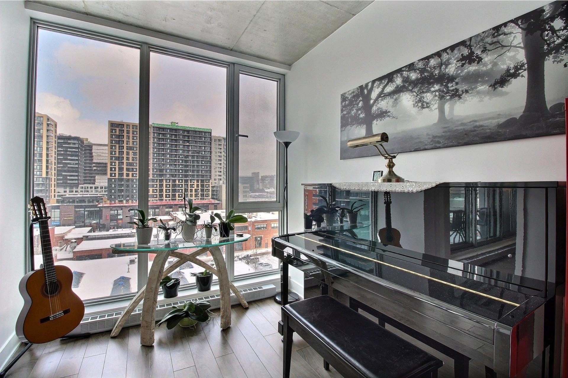 image 12 - Apartment For rent Montréal Le Sud-Ouest  - 6 rooms