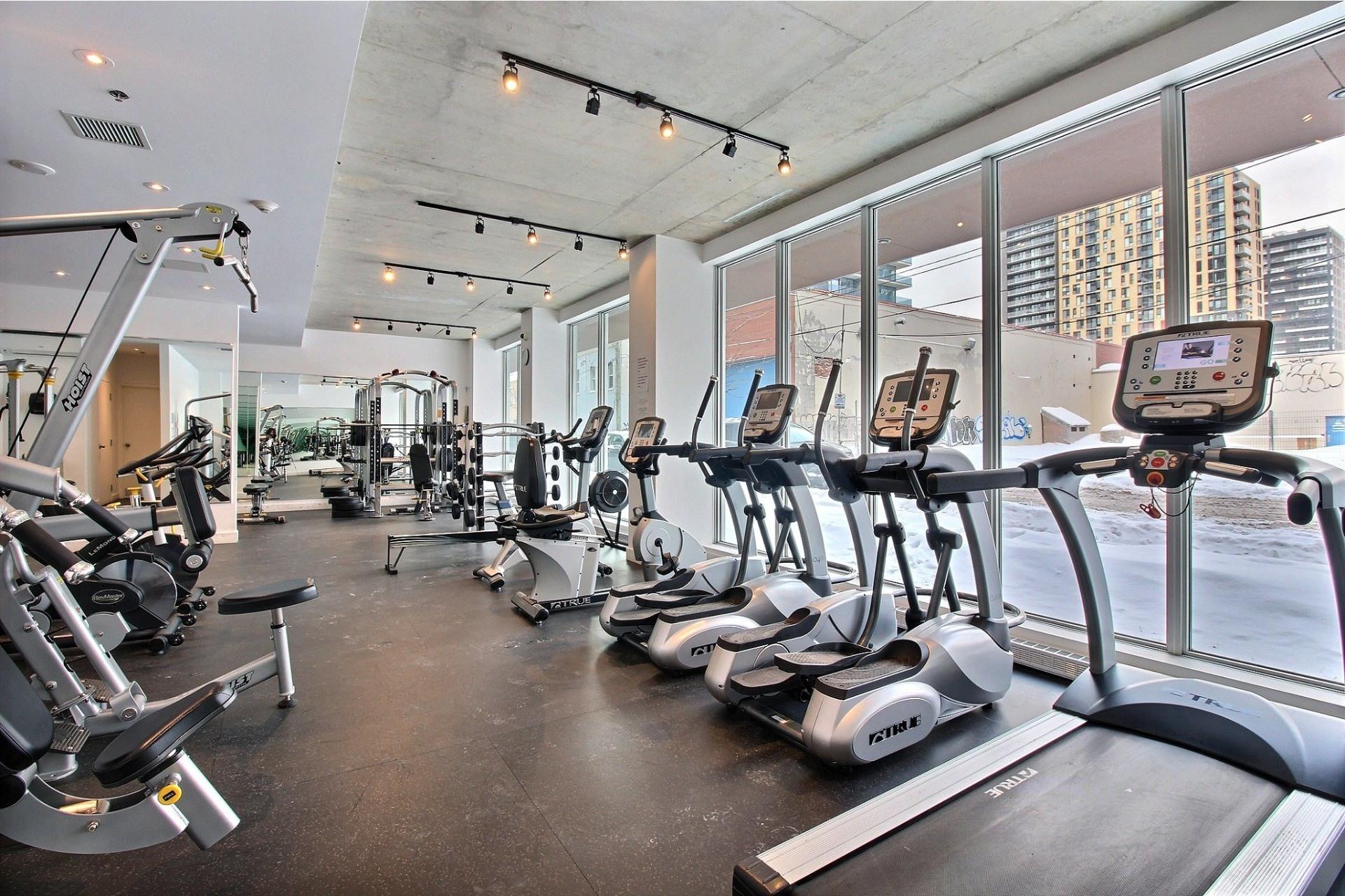 image 24 - Apartment For rent Montréal Le Sud-Ouest  - 6 rooms
