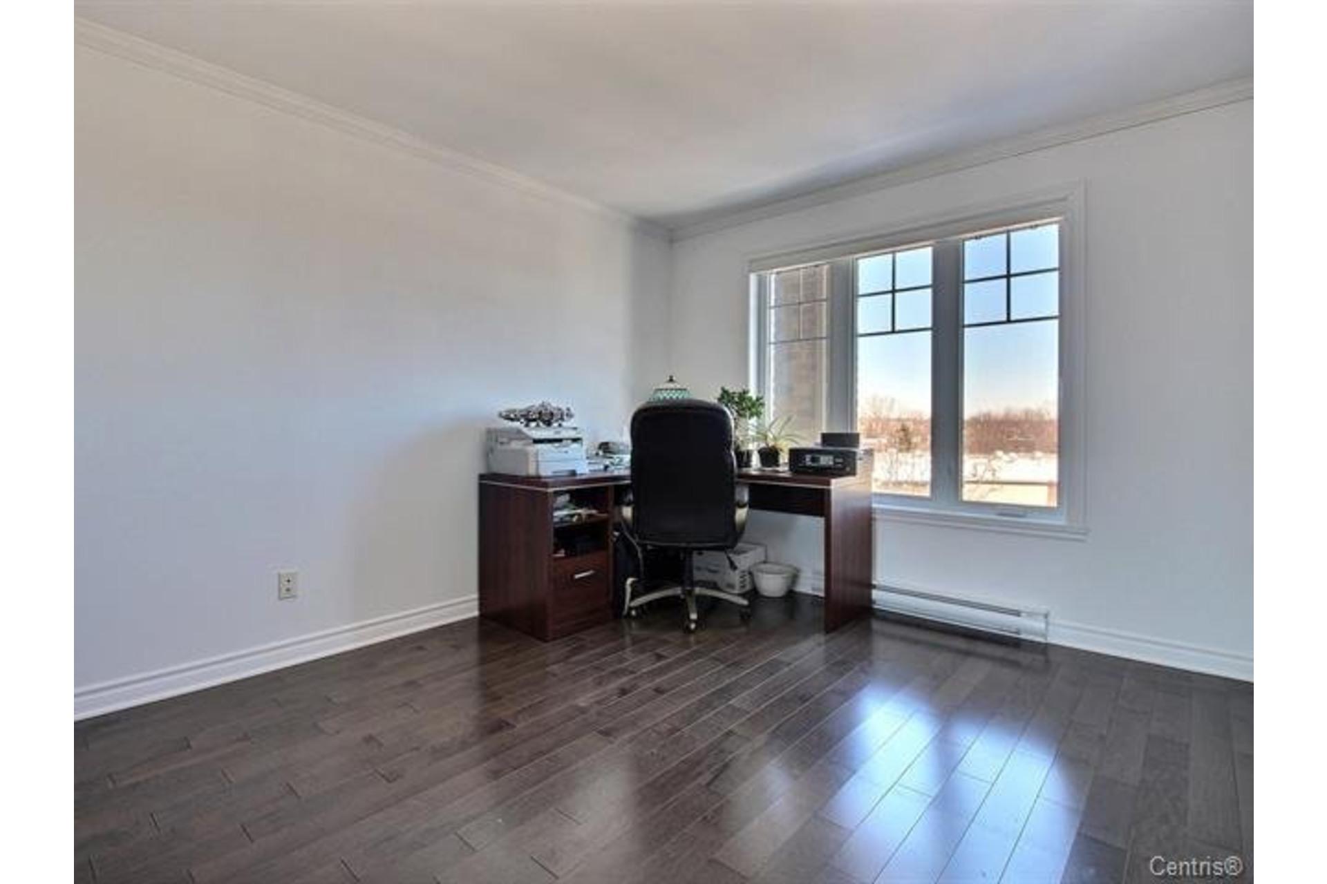 image 13 - Apartment For sale Montréal Pierrefonds-Roxboro  - 7 rooms
