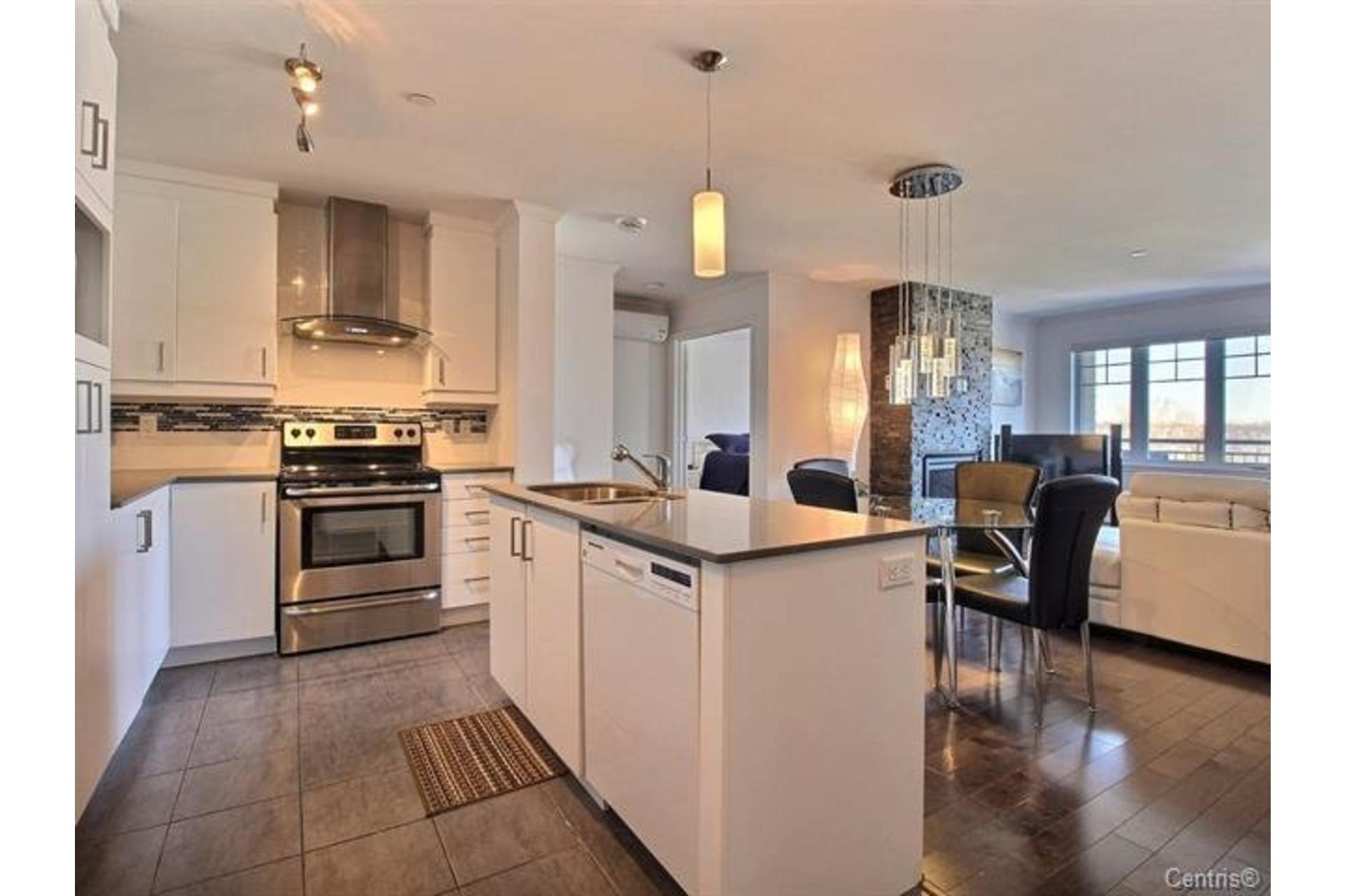 image 4 - Apartment For sale Montréal Pierrefonds-Roxboro  - 7 rooms