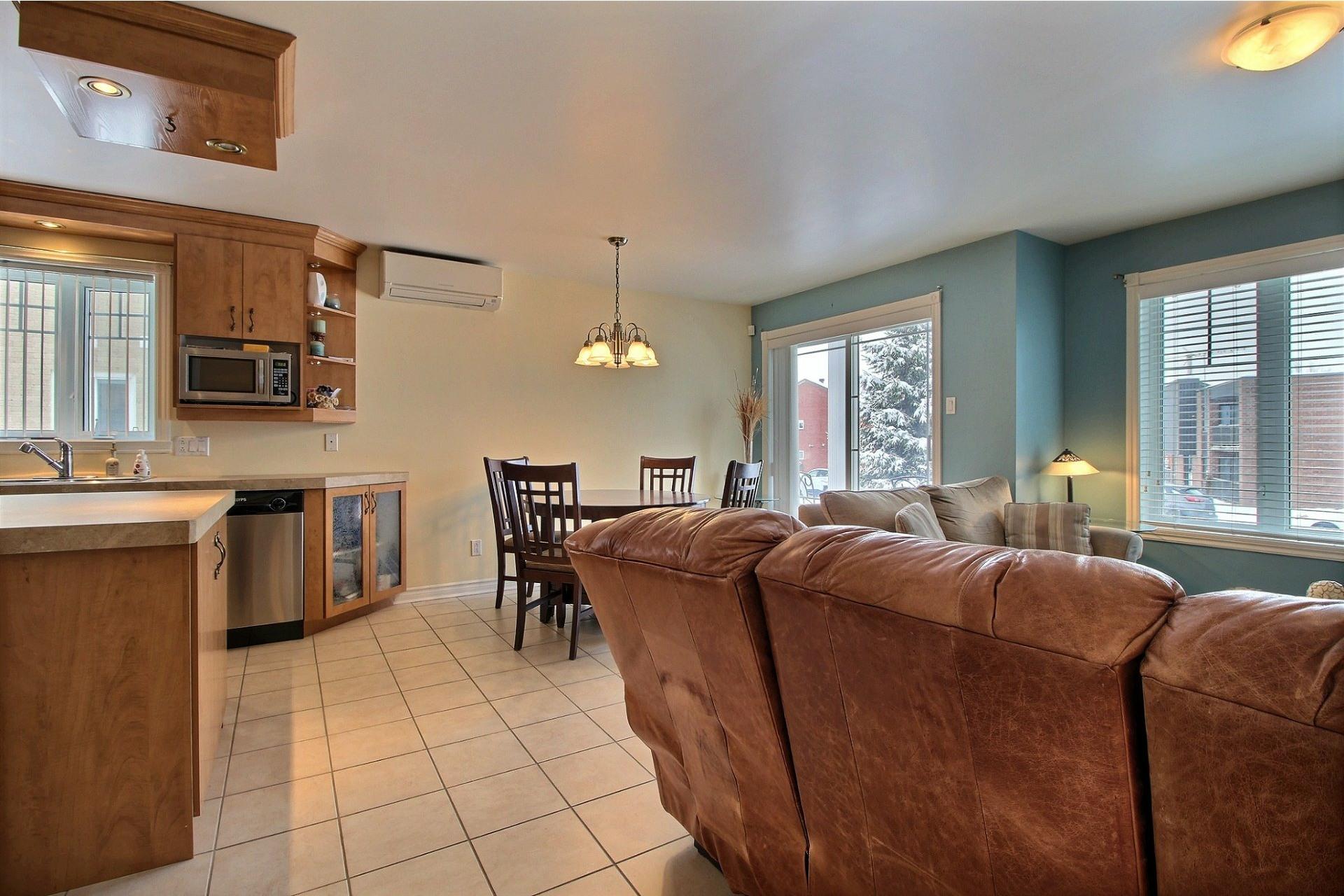 image 4 - Apartment For sale Notre-Dame-des-Prairies - 10 rooms