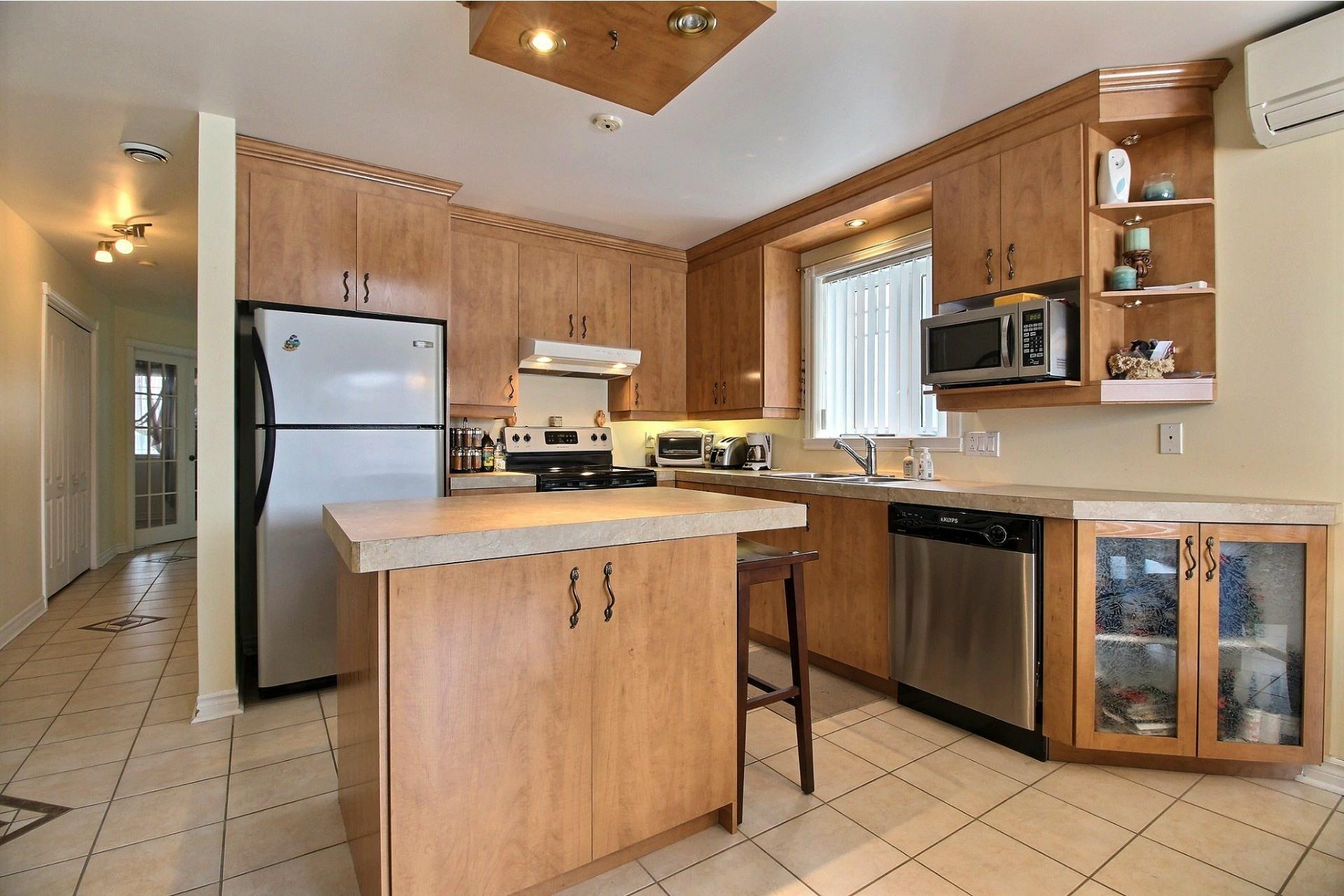 image 8 - Apartment For sale Notre-Dame-des-Prairies - 10 rooms