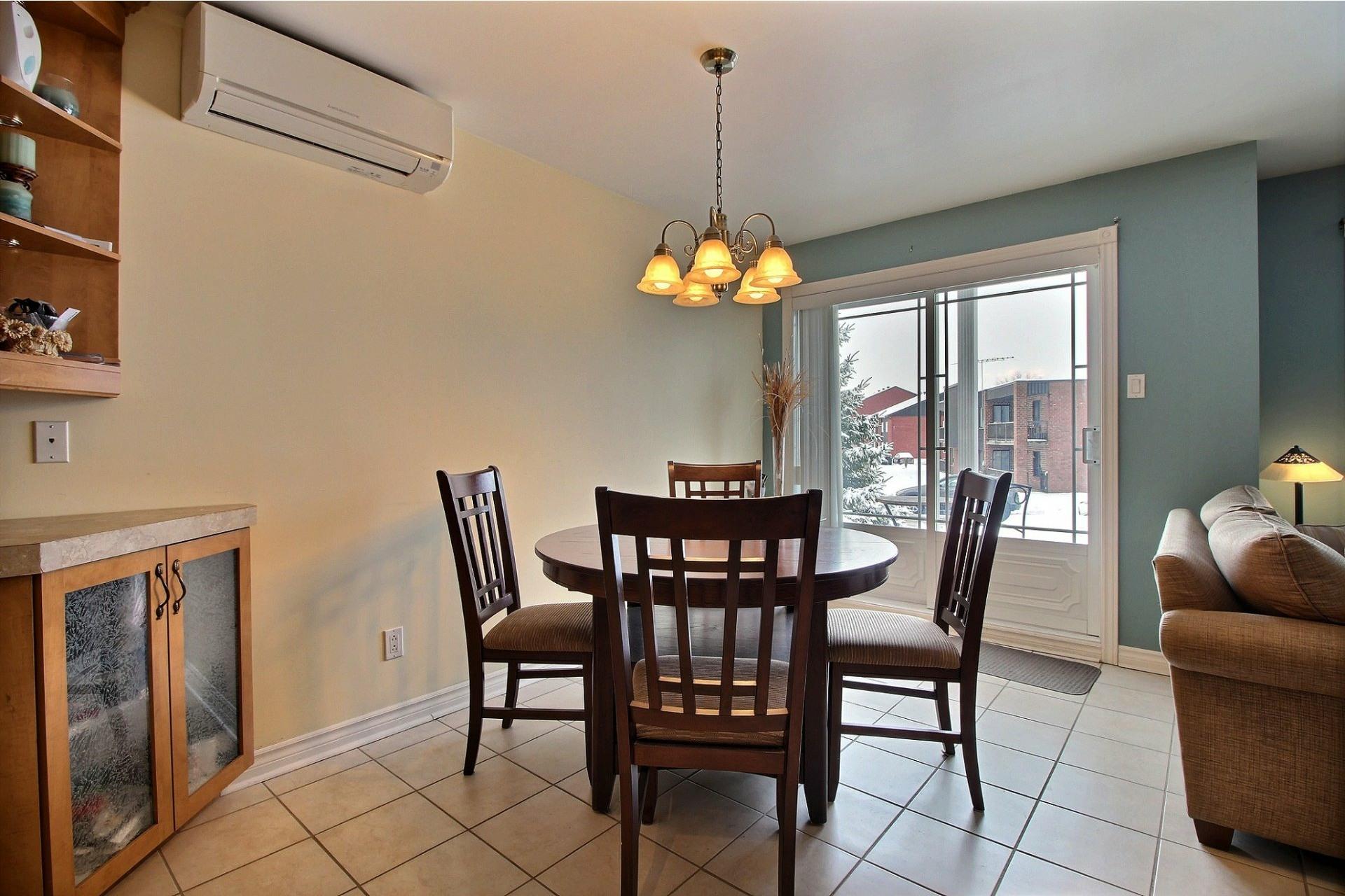 image 6 - Apartment For sale Notre-Dame-des-Prairies - 10 rooms