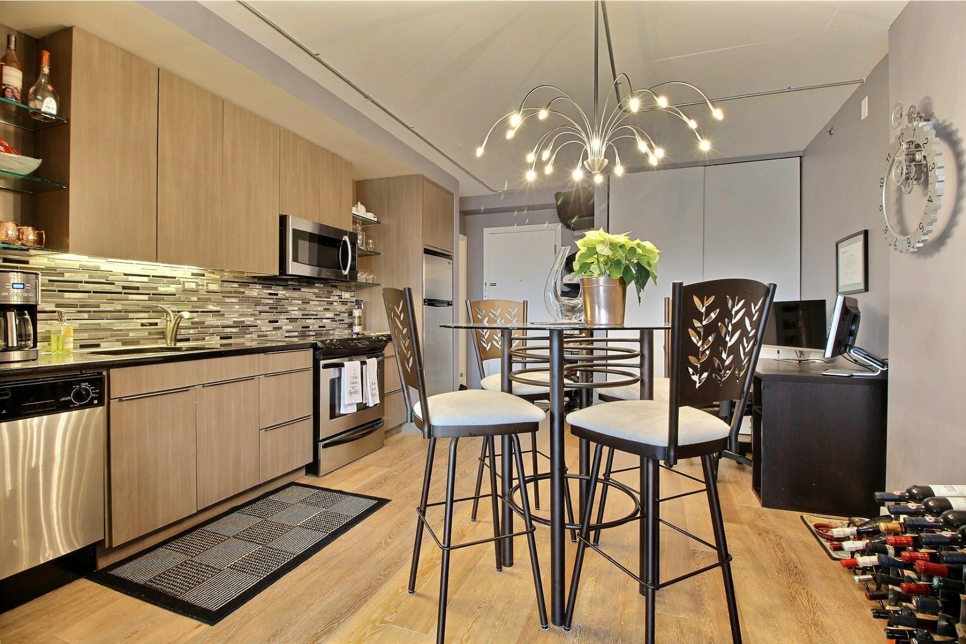 image 3 - Apartment For rent Montréal Le Sud-Ouest  - 3 rooms