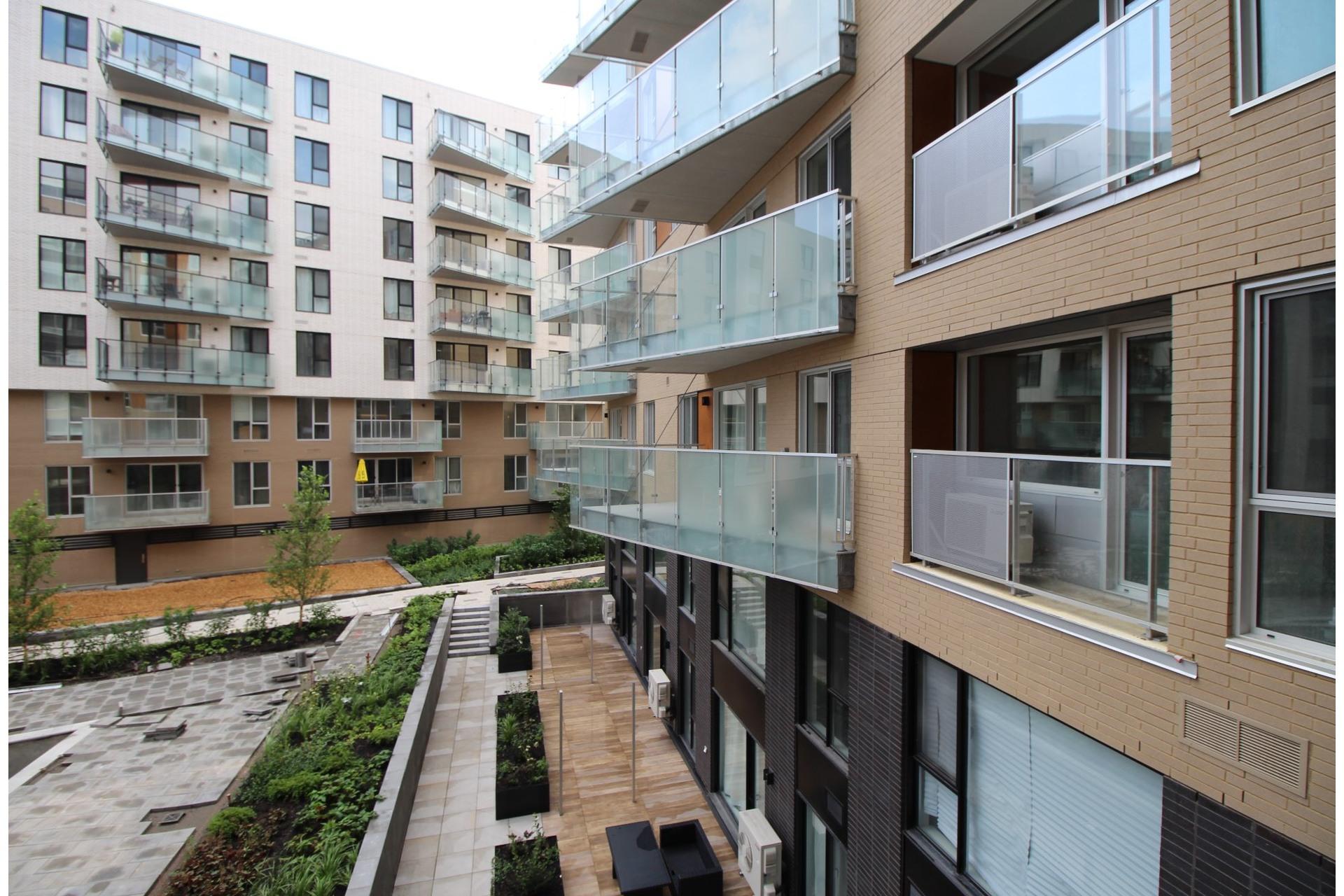image 12 - Apartment For rent Montréal Le Sud-Ouest  - 4 rooms
