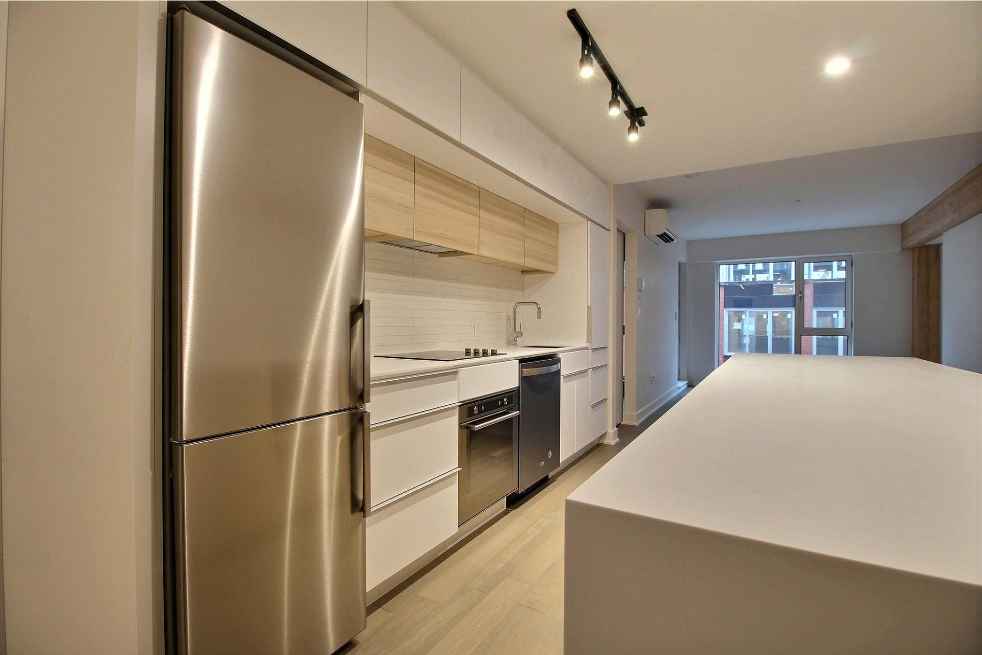 image 2 - Apartment For rent Montréal Le Sud-Ouest  - 4 rooms