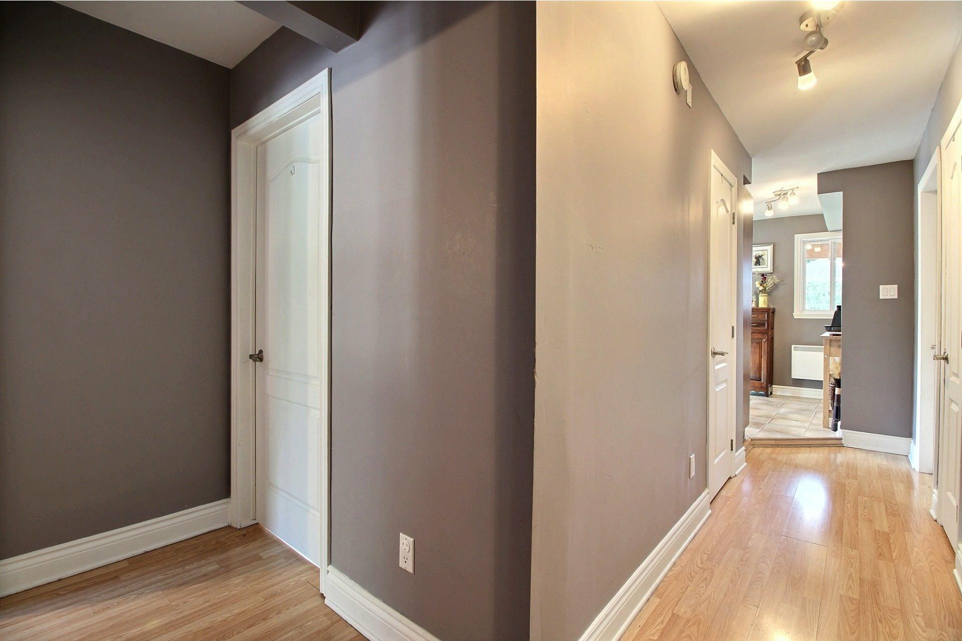 image 18 - Duplex À vendre Montréal Rivière-des-Prairies/Pointe-aux-Trembles  - 4 pièces