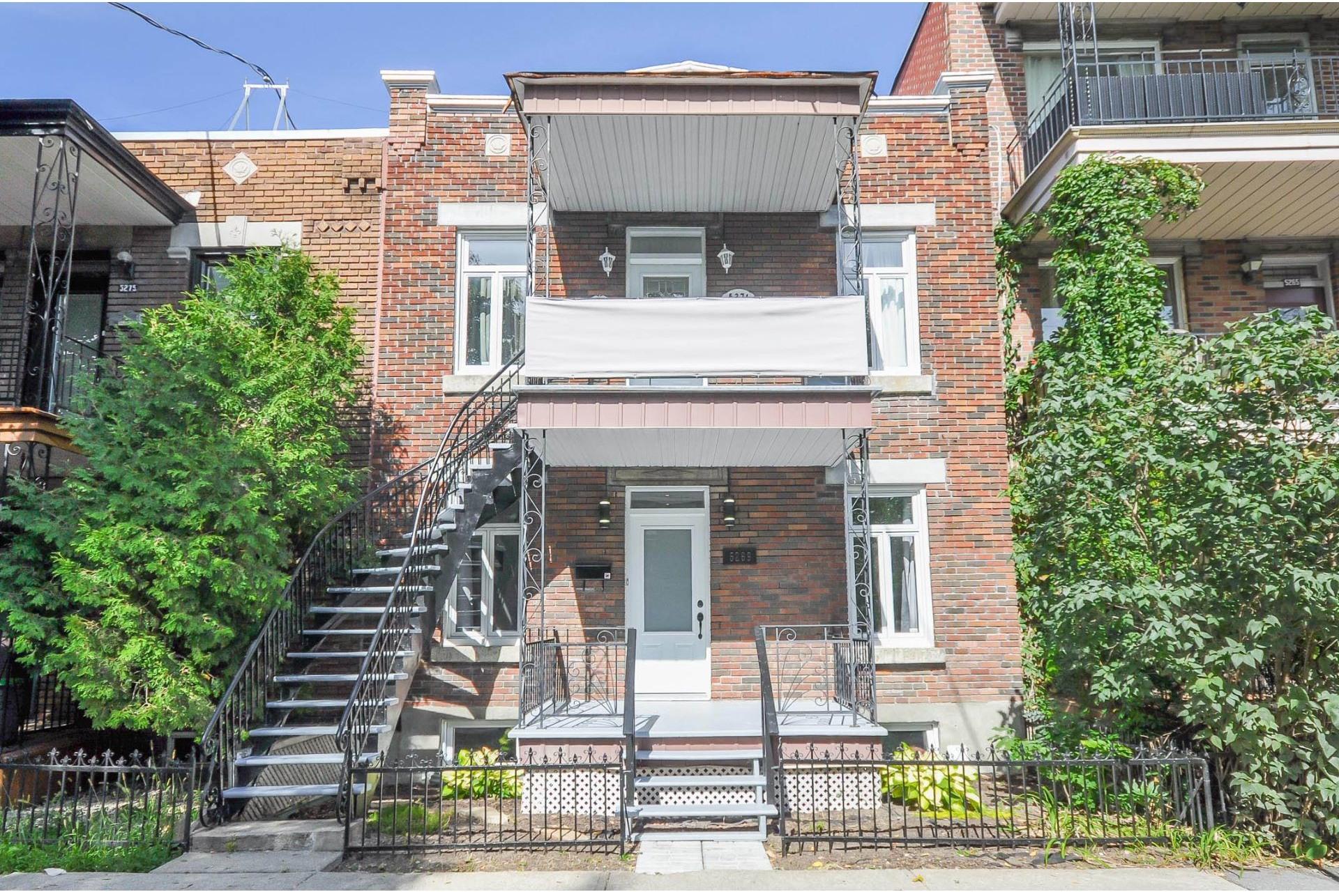 image 0 - Duplex À vendre Montréal Rosemont/La Petite-Patrie  - 10 pièces
